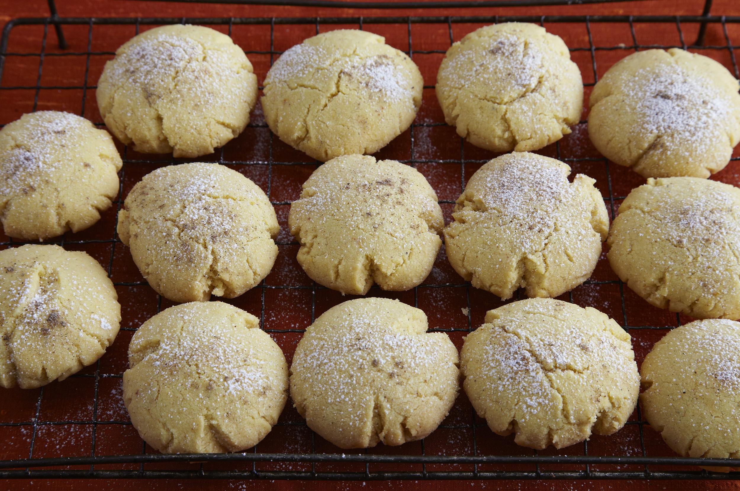 Naan Kithai (Indian Shortbread Cookies)