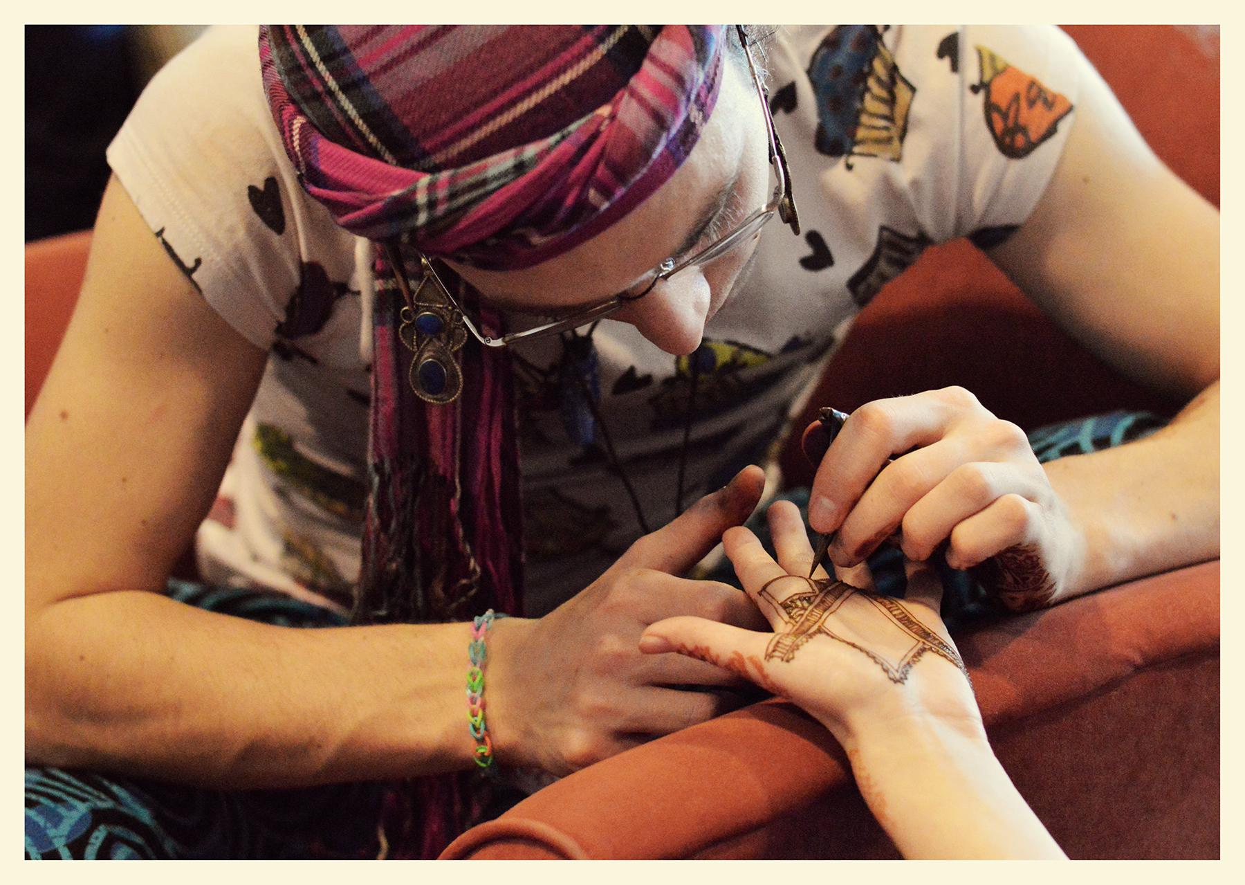 henna by noam sienna