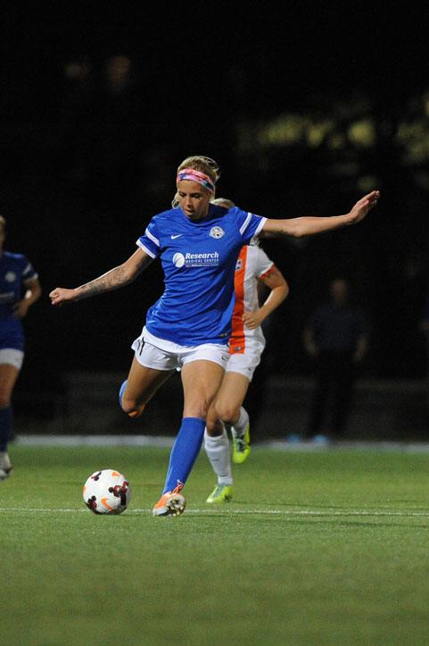 Morgan in NWSL action.