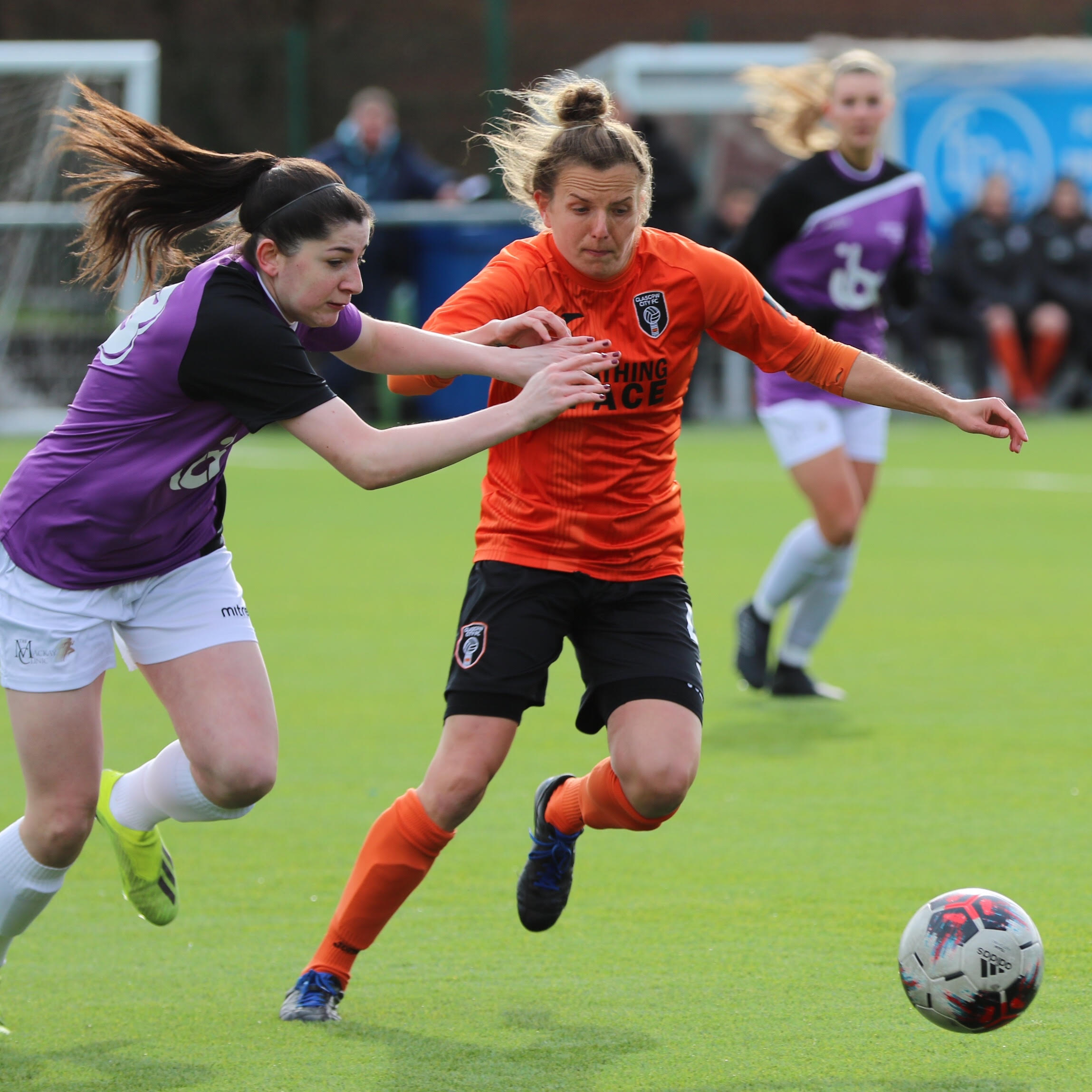 Kirsty Howat holds off the Stirling defence image by Tommy Hughes