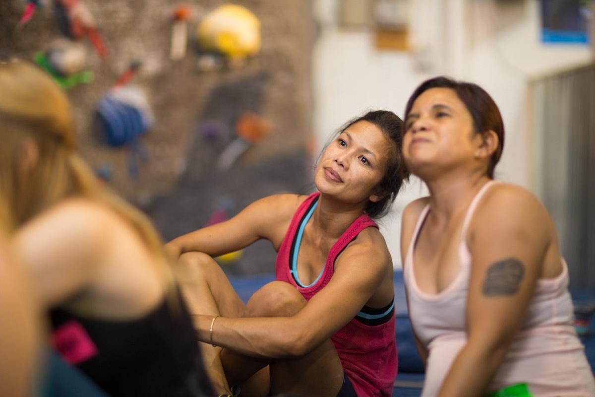 girl beta women rock climbing