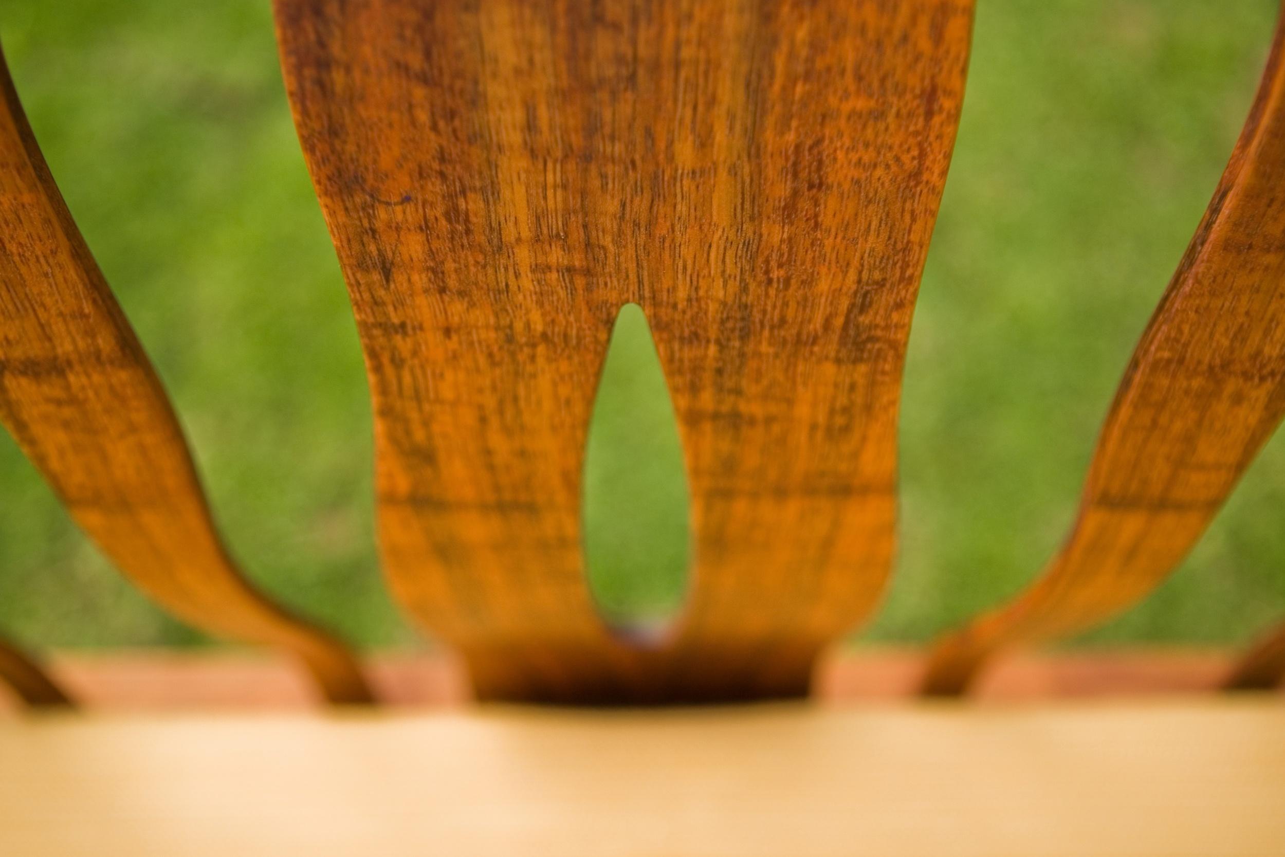 wave chair detail.jpg