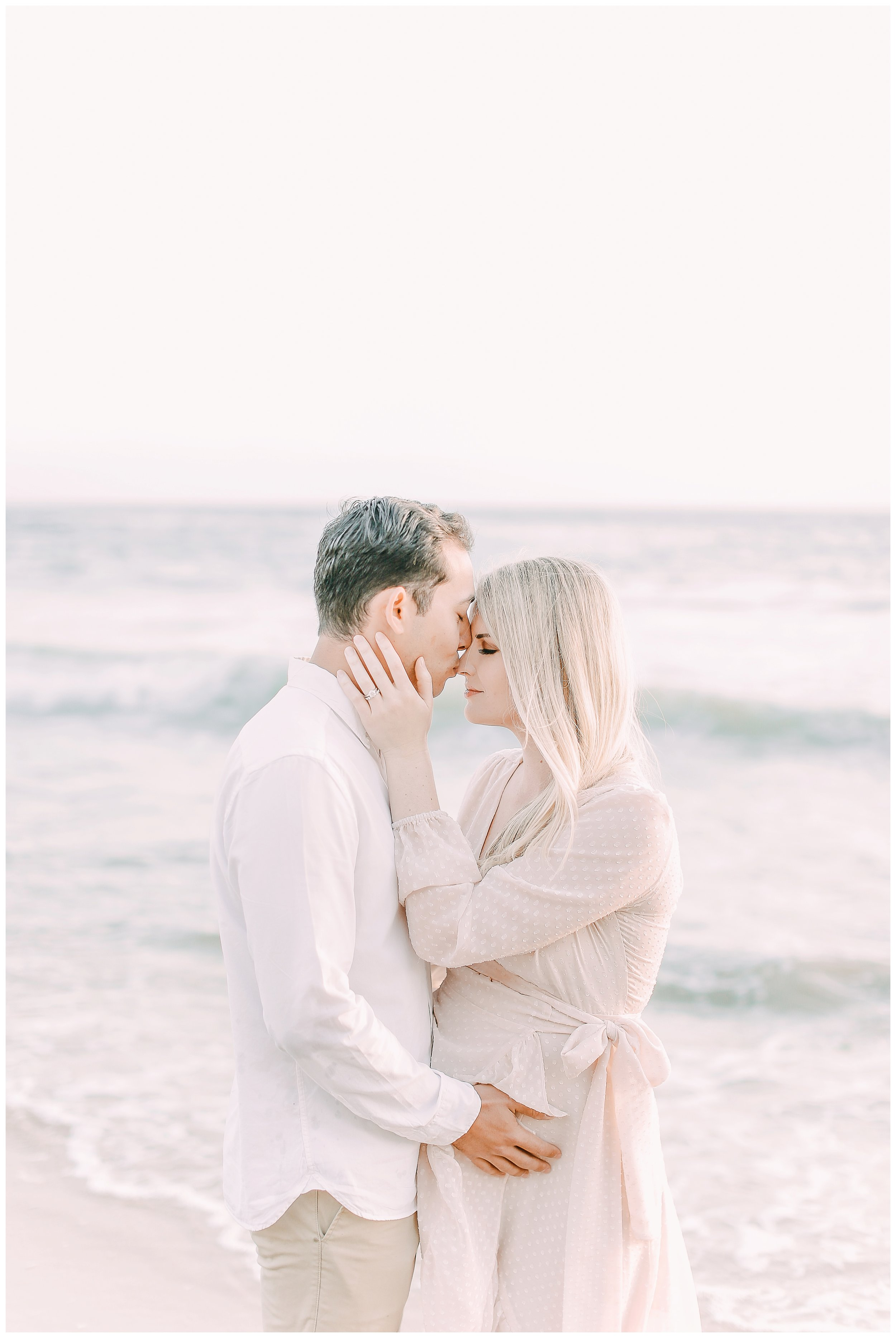 Little_Corona_Beach_Maternity_Session_Orange_county_family_photographer_cori_kleckner_photography_laguna_beach_family_session_0724.jpg
