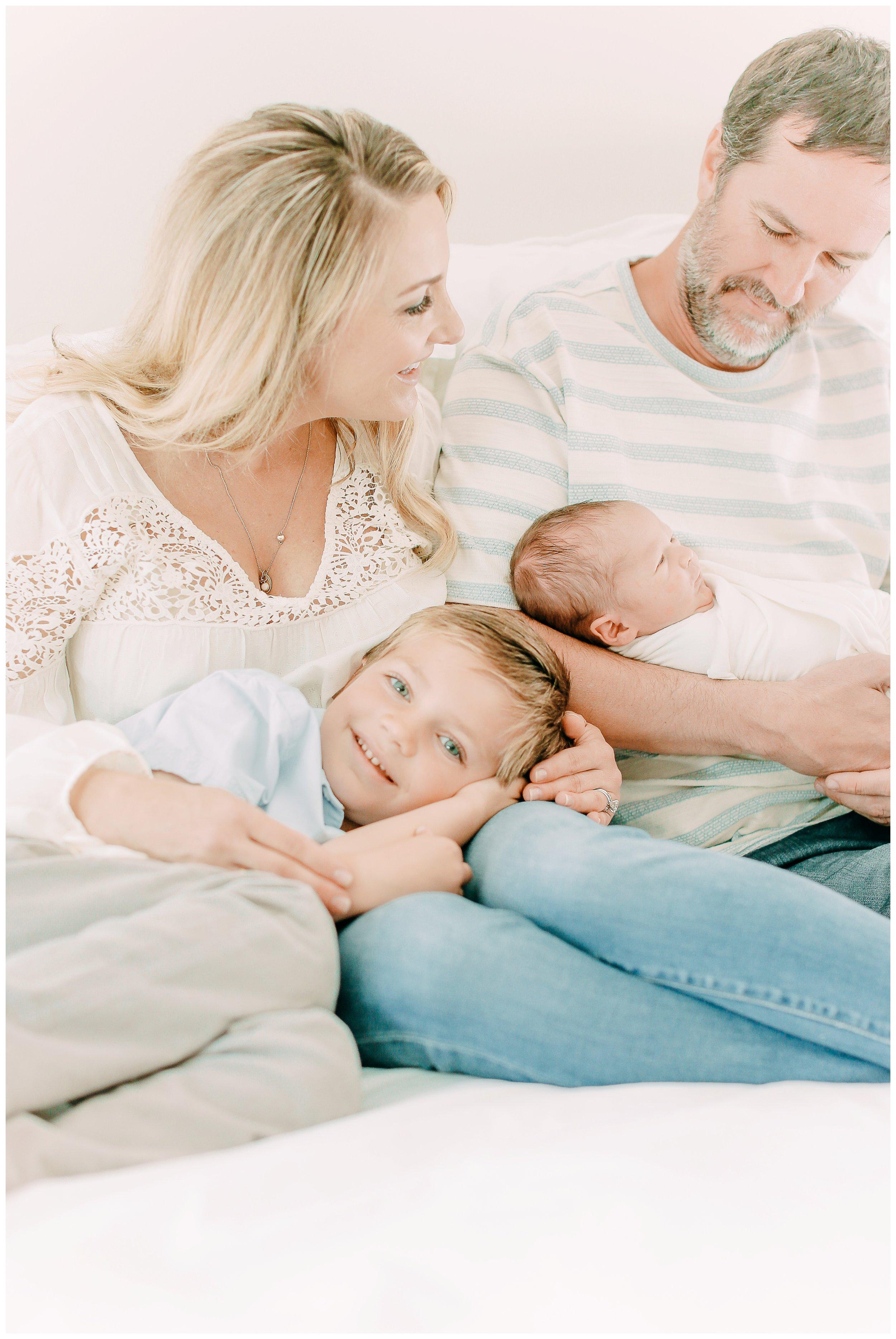 Family-Session_in-home-Orange_county_family_and_newborn-photographer_cori_kleckner_photography_Newport_beach_family_photographer__0809.jpg