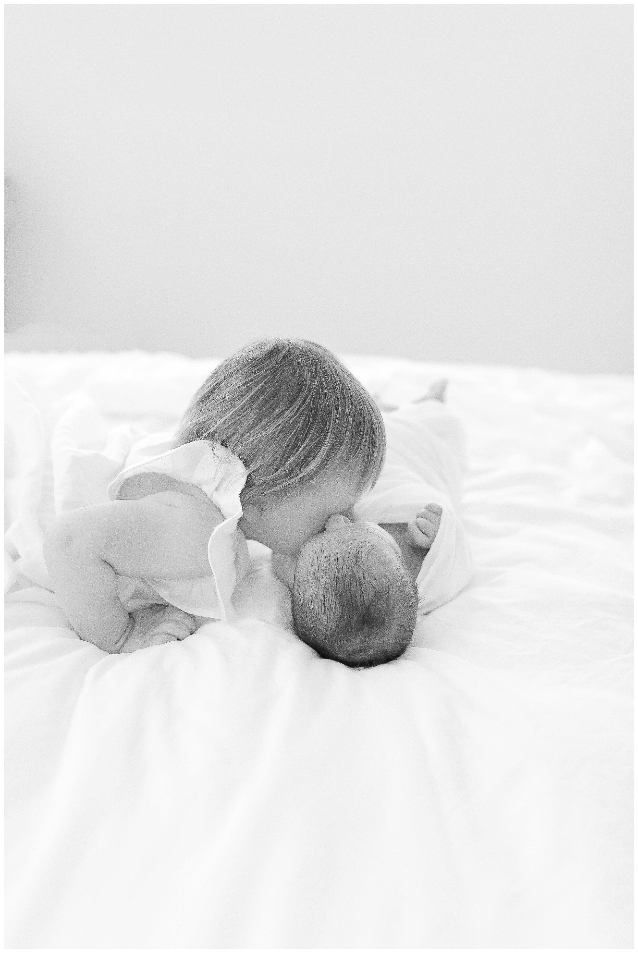 -Newborn-Session_in-home-Orange_county_family_and_newborn-photographer_cori_kleckner_photography_Newport_beach_family_photographer__0838.jpg