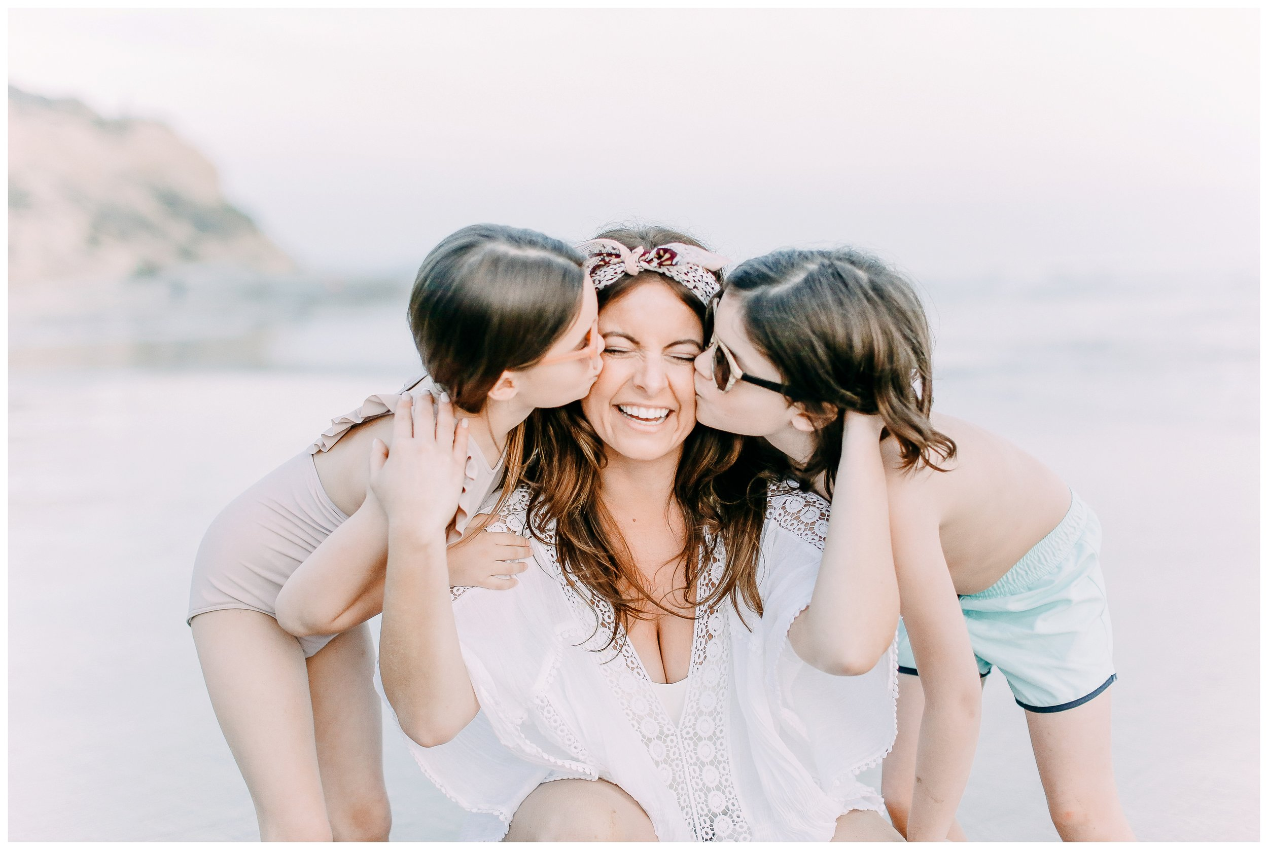 Crystal-Cove-State-Beach-Motherhood- Session-Crystal-Cove-Newport-Beach-Family-Photographer-Crystal-Cove-Minnow-Swim-Cori-Kleckner-Photography-Orange-County-Vacation-Family-Photos-Session-_0852.jpg
