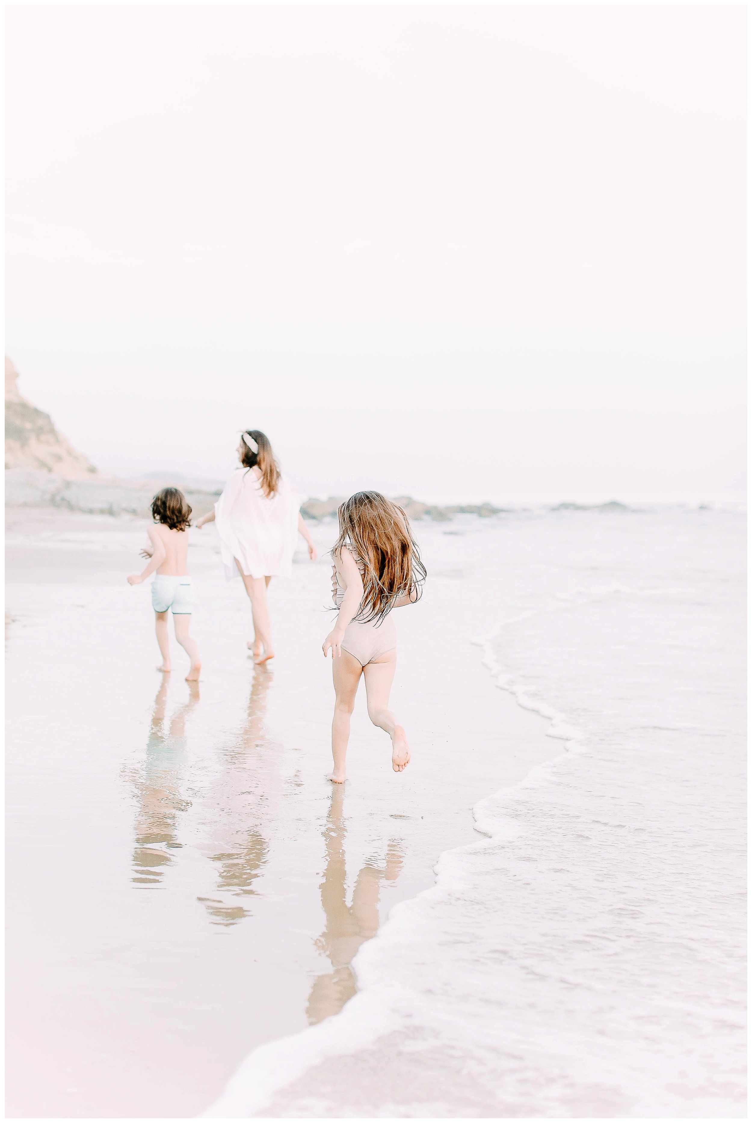 Crystal-Cove-State-Beach-Motherhood- Session-Crystal-Cove-Newport-Beach-Family-Photographer-Crystal-Cove-Minnow-Swim-Cori-Kleckner-Photography-Orange-County-Vacation-Family-Photos-Session-_0867.jpg