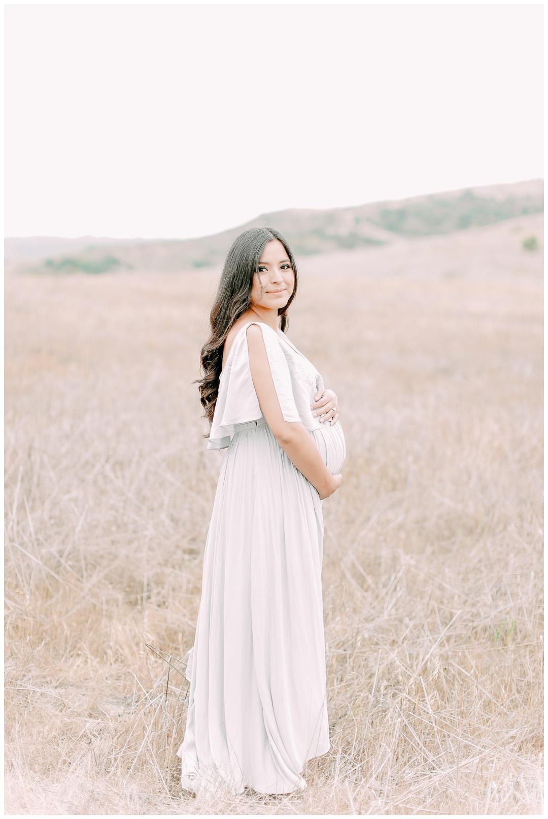 Newport_Beach_Maternity_Photographer_Field_Maternity_Photography_Cori_Kleckner_Photography_1064.jpg
