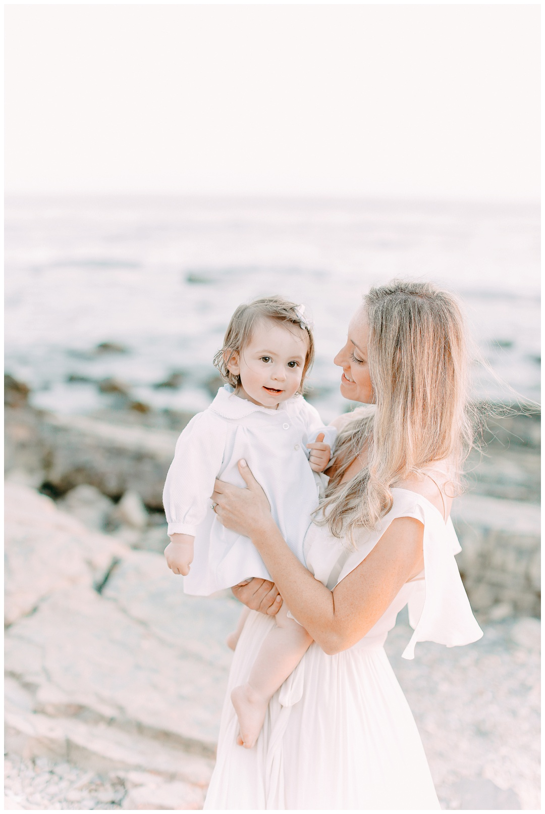 Newport_Beach_Maternity_Photographer_Orange_County_Maternity_Photography_Cori_Kleckner_Photography_Orange_County_Family_Photographer_Beach_Maternity_Session_1148.jpg