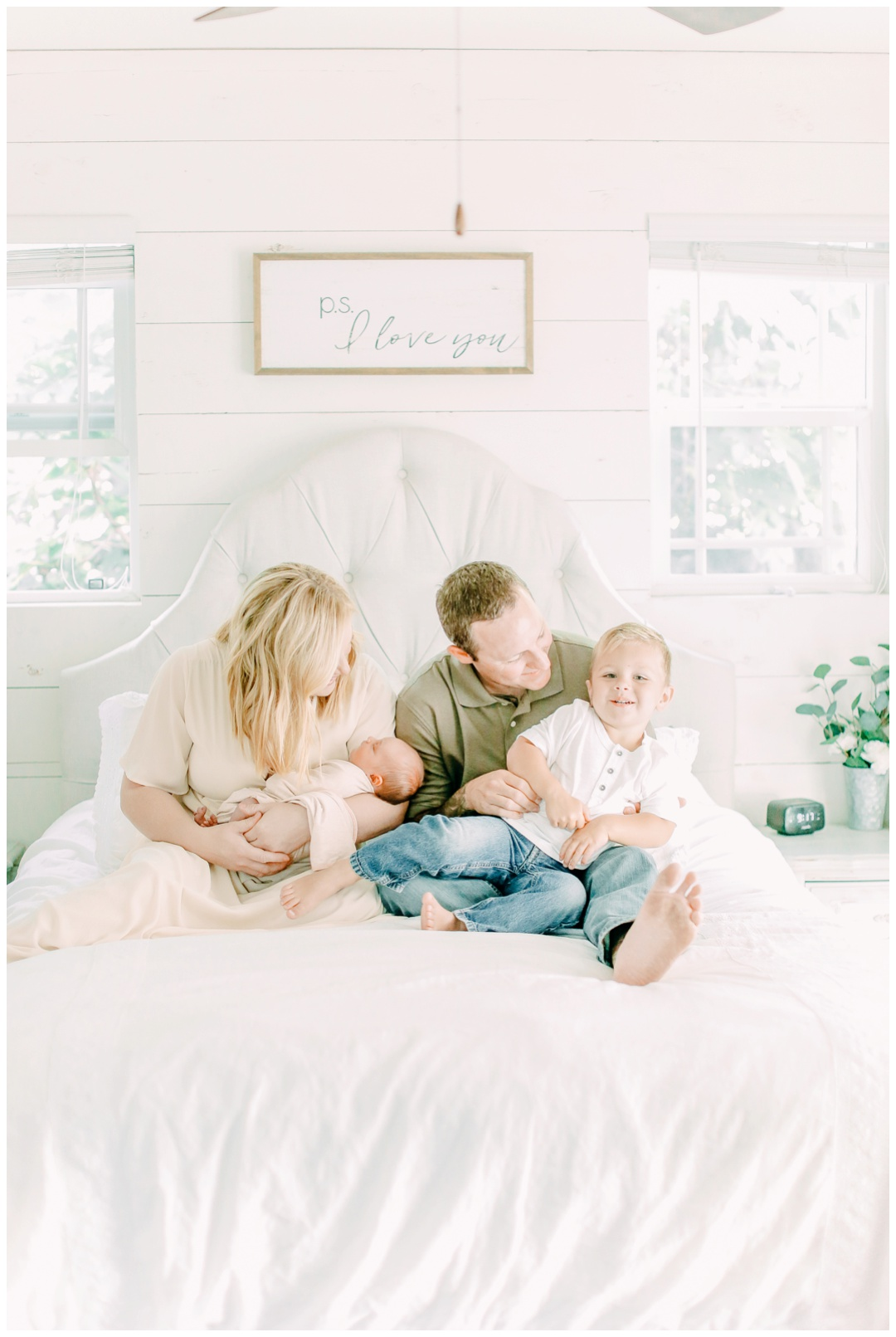The_Fennesy_Family_Newport_Beach_Lifestyle_Family_Photographer_Orange_County_Family_Photography_Cori_Kleckner_Photography_Orange_County_Newborn_Photographer_Family_Photos_Session__1389.jpg
