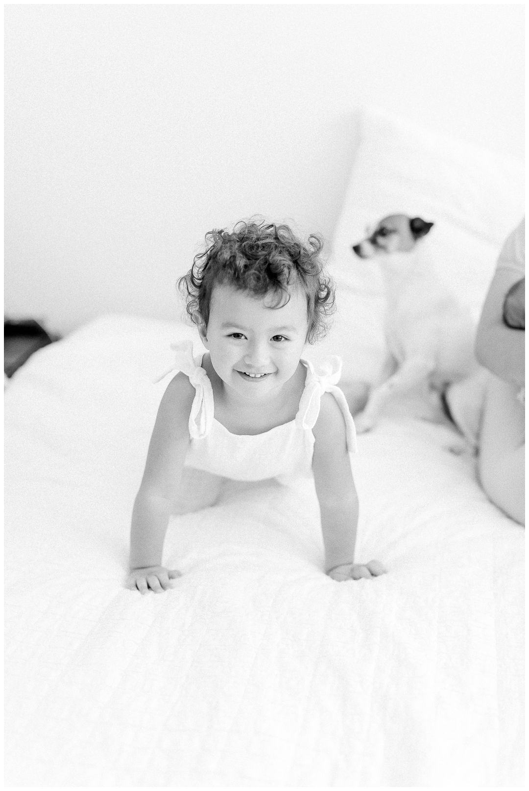 The_Lewis_Family_Lifestyle_Newport_Beach_Family_Photographer_Orange_County_Newborn_Photography_Cori_Kleckner_Photography_Orange_County_Beach_Photographer_Newborn_Photos_Session_Crystal_Cove_Session__1587.jpg