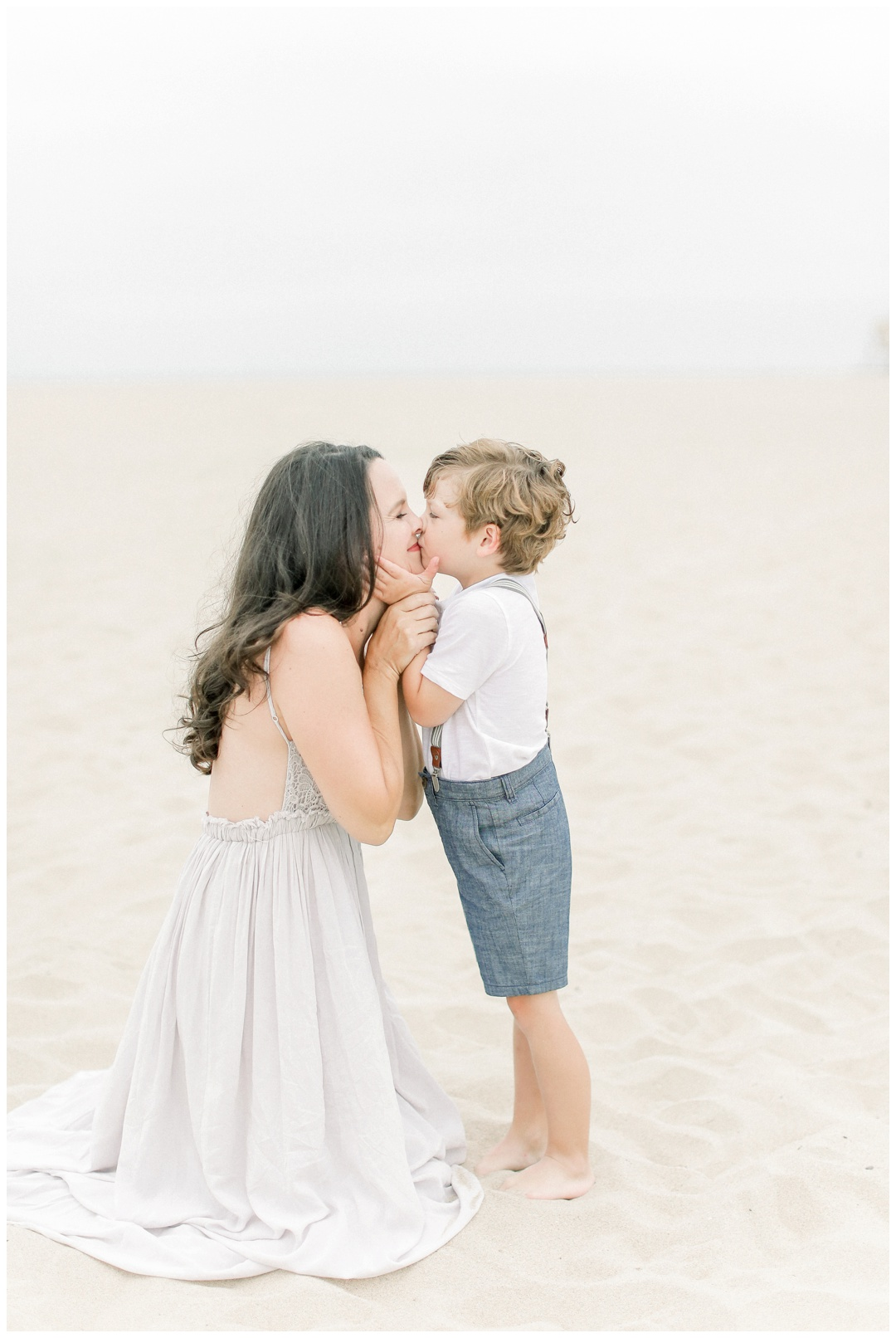 Huntington_Beach_Family_Photographer_The_Wood_Family_Lifestyle_Newport_Beach_Family_Photographer_Orange_County_Newborn_Photography_Cori_Kleckner_Photography_Orange_County_Beach_Photography_Huntington_Beach_Family_Session__1639.jpg