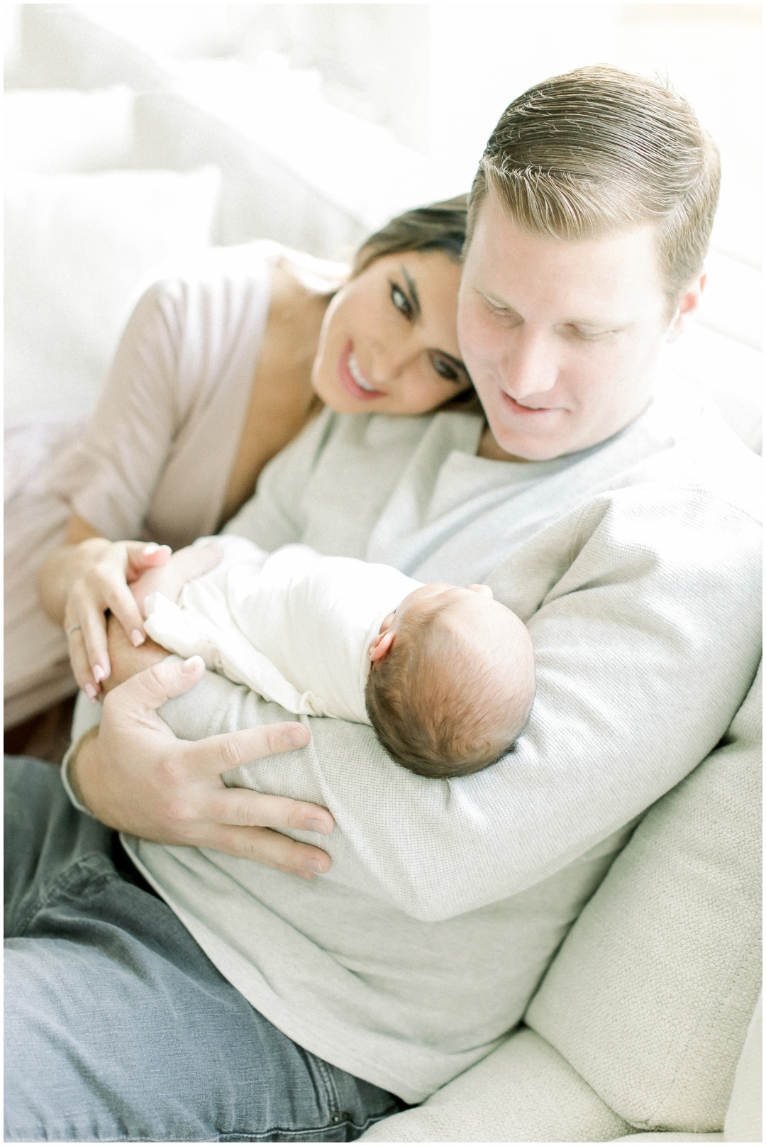 Orange_County_Newborn_Photographer_Newport_Beach_Family_Photographer_Newport_Beach_Newborn_Photographer_Orange_County_Family_Photographer_Cori_Kleckner_Photography_Huntington_Beach_Photographer_Dicey_Perrine_Brett_Perrine_2536.jpg