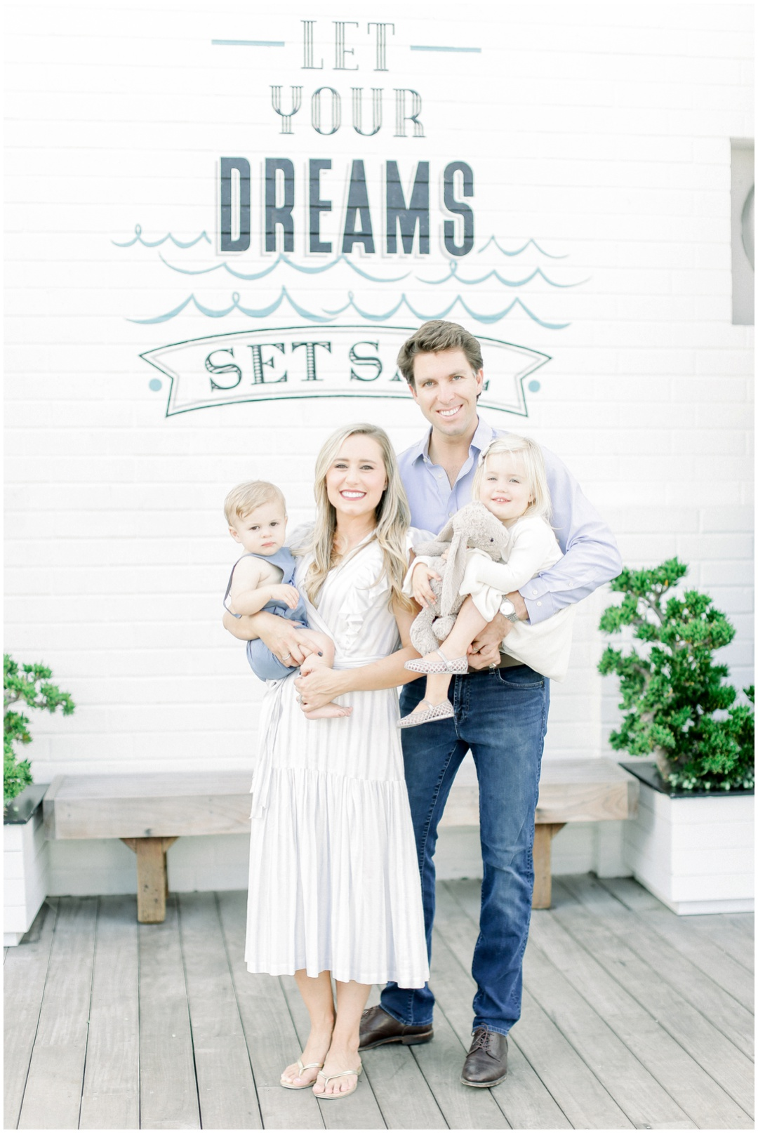 Lido_Marina_Village_Session_Photographer_Newport_Beach_Family_Photographer_Newport_Beach_Newborn_Photographer_Orange_County_Family_Photographer_Cori_Kleckner_Photography_Huntington_Beach_Photographer_Lara_Langford_Family_Session_2651.jpg