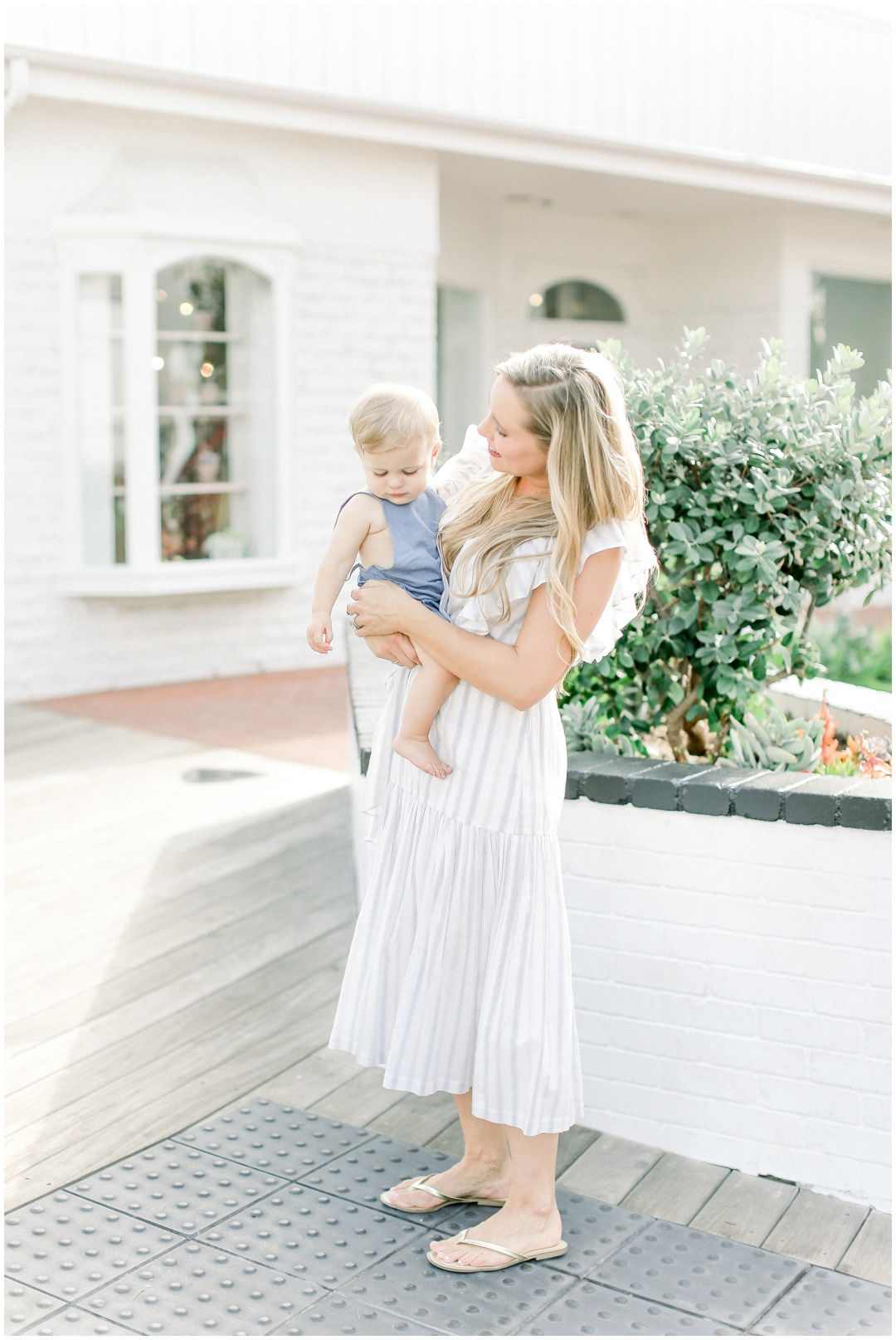 Lido_Marina_Village_Session_Photographer_Newport_Beach_Family_Photographer_Newport_Beach_Newborn_Photographer_Orange_County_Family_Photographer_Cori_Kleckner_Photography_Huntington_Beach_Photographer_Lara_Langford_Family_Session_2663.jpg