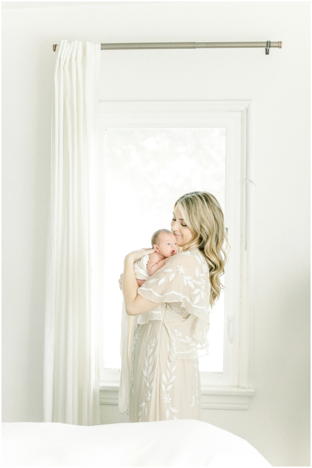 Newport_Beach_Newborn_Photographer_Newport_Beach_Maternity_Photographer_Orange_County_Family_Photographer_Cori_Kleckner_Photography_Huntington_Beach_Photographer__Erin_Dooney_Brandon_Dooney__Avery_Dooney_Family_Photos__2827.jpg