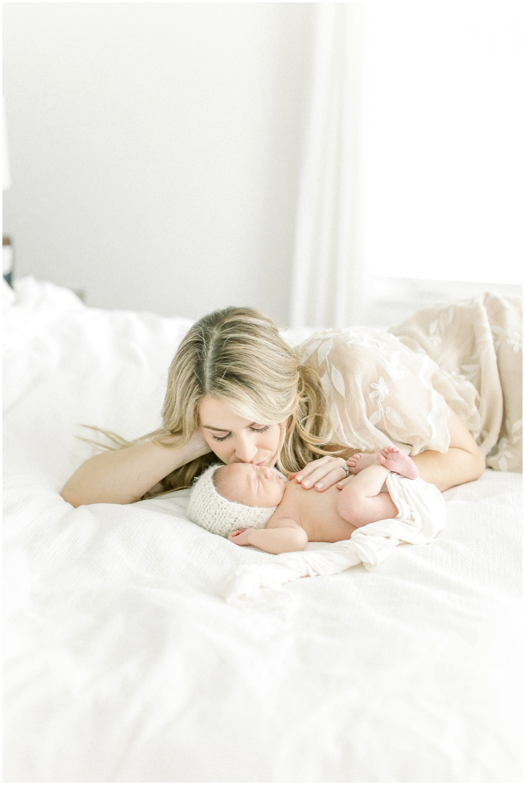 Newport_Beach_Newborn_Photographer_Newport_Beach_Maternity_Photographer_Orange_County_Family_Photographer_Cori_Kleckner_Photography_Huntington_Beach_Photographer__Erin_Dooney_Brandon_Dooney__Avery_Dooney_Family_Photos__2834.jpg