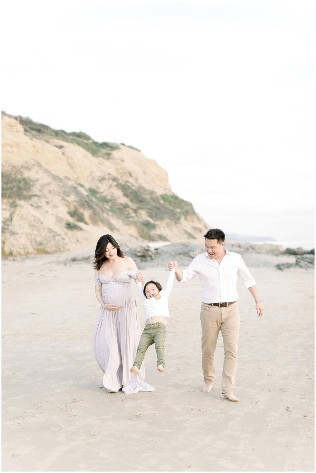 Newport_Beach_Newborn_Photographer_Newport_Beach_Maternity_Photographer_Orange_County_Family_Photographer_Cori_Kleckner_Photography_Huntington_Beach_Photographer_The_Perez_Family_OC_Maternity__2986.jpg