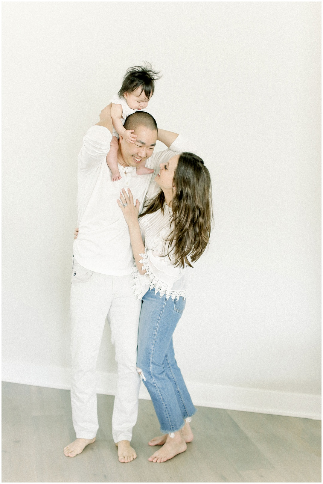 Newport_Beach_Family_Light_airy_Natural_Photographer_Newport_Beach_In-Home_Photographer_Orange_County_Family_Photographer_Cori_Kleckner_Photography_Huntington_Beach_Photographer_Family_OC_Newborn_Cassidee_Ma_Peter_Ma_Family__3119.jpg