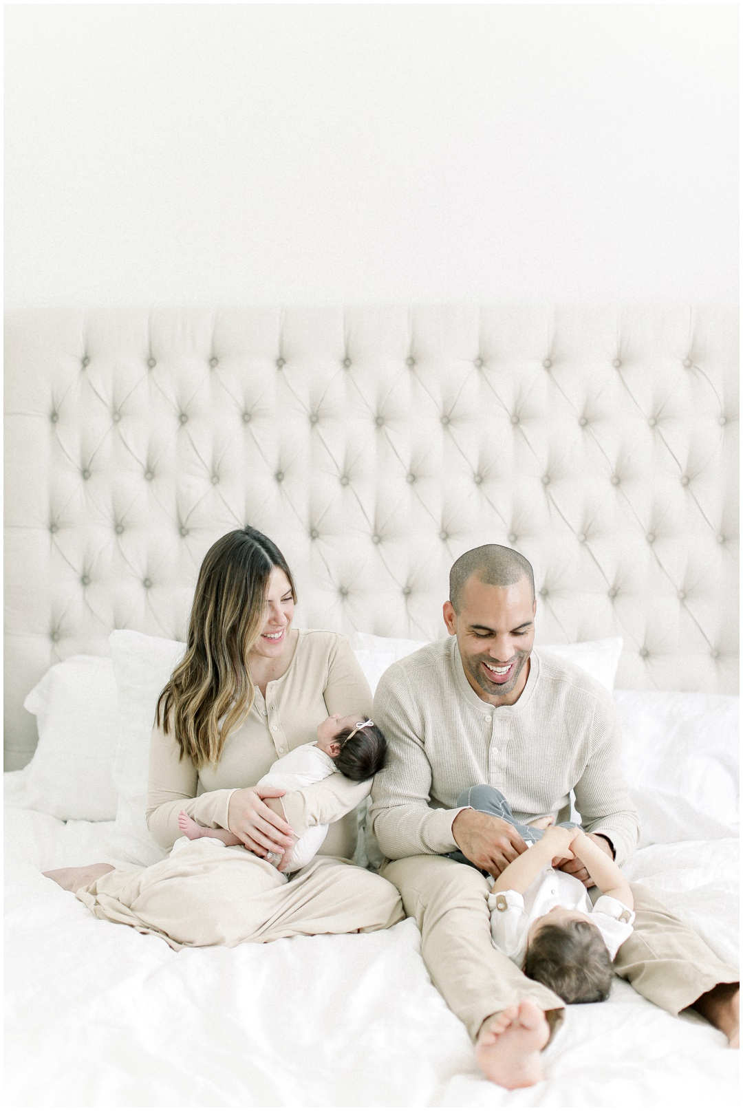 Newport_Beach_Newborn_Light_Airy_Natural_Photographer_Newport_Beach_In-Home_Photographer_Orange_County_Family_Photographer_Cori_Kleckner_Photography_Huntington_Beach_Photographer_Family_OC_Newborn_Blair_Sharpe_Ricky_Sharpe_Newborn_Family__3163.jpg