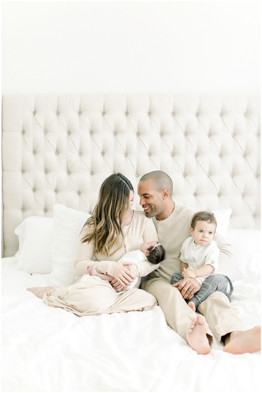 Newport_Beach_Newborn_Light_Airy_Natural_Photographer_Newport_Beach_In-Home_Photographer_Orange_County_Family_Photographer_Cori_Kleckner_Photography_Huntington_Beach_Photographer_Family_OC_Newborn_Blair_Sharpe_Ricky_Sharpe_Newborn_Family__3169.jpg