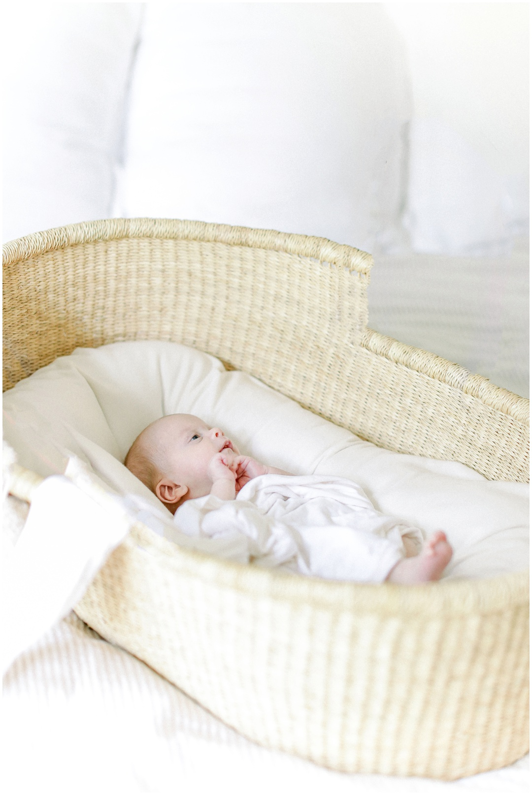 Newport_Beach_Newborn_Light_Airy_Natural_Photographer_Newport_Beach_In-Home_Photographer_Orange_County_Family_Photographer_Cori_Kleckner_Photography_Huntington_Beach_Photographer_Family_OC_Newborn_Meghan_Sullivan_Newborn_Family_Greer_Sullivan_3229.jpg