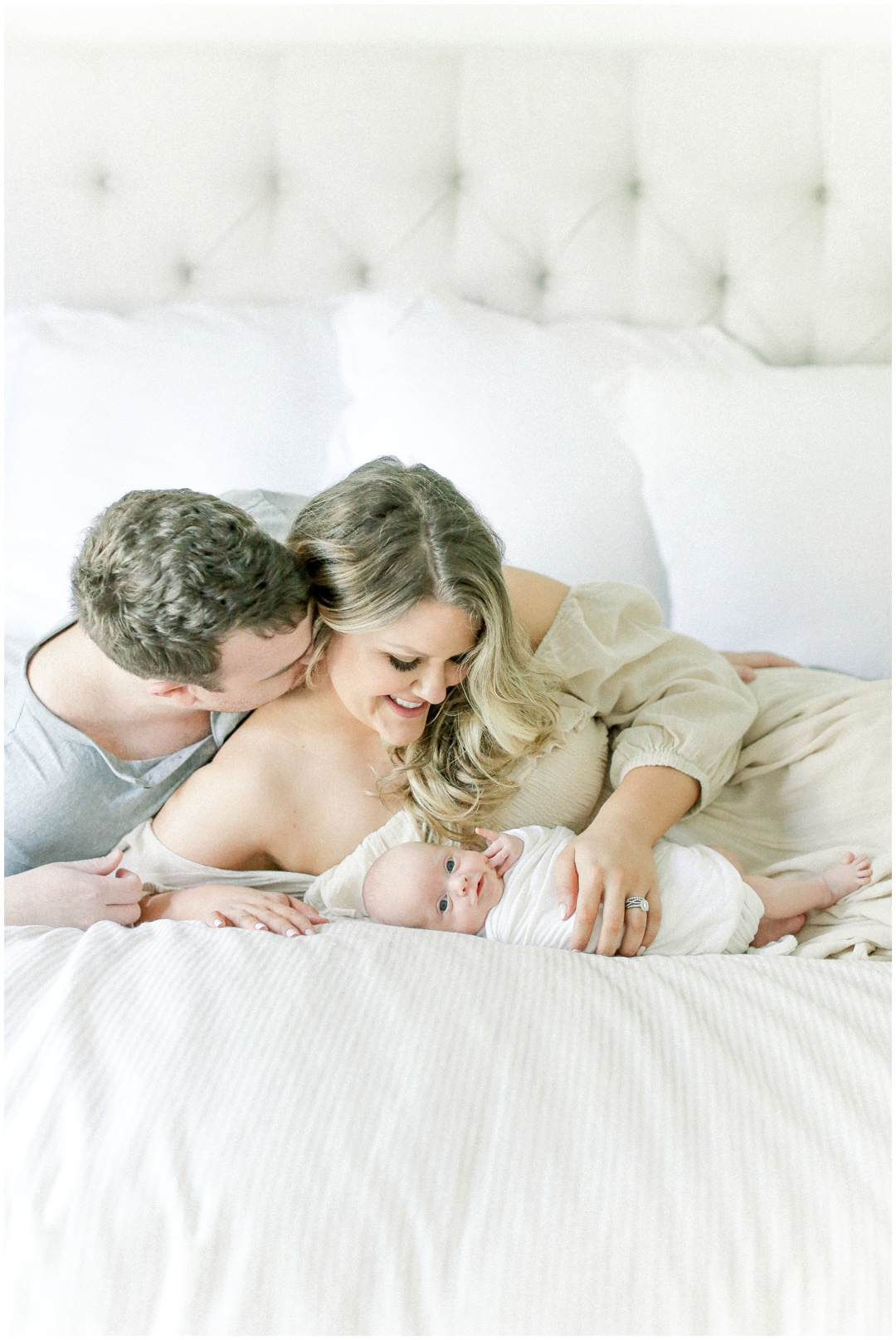 Newport_Beach_Newborn_Light_Airy_Natural_Photographer_Newport_Beach_In-Home_Photographer_Orange_County_Family_Photographer_Cori_Kleckner_Photography_Huntington_Beach_Photographer_Family_OC_Newborn_Meghan_Sullivan_Newborn_Family_Greer_Sullivan_3258.jpg