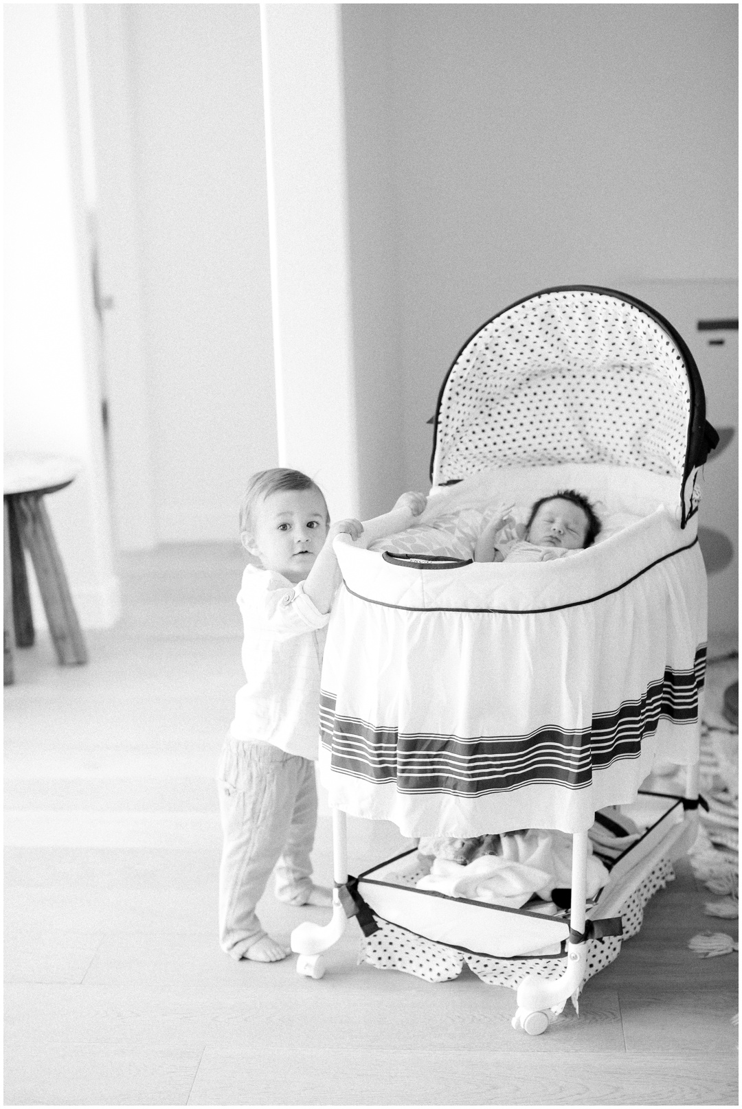 Newport_Beach_Newborn_Light_Airy_Natural_Photographer_Newport_Beach_In-Home_Photographer_Orange_County_Family_Photographer_Cori_Kleckner_Photography_Huntington_Beach_Photographer_Family_OC_Newborn_April_Levins_Newborn_Family__3284.jpg