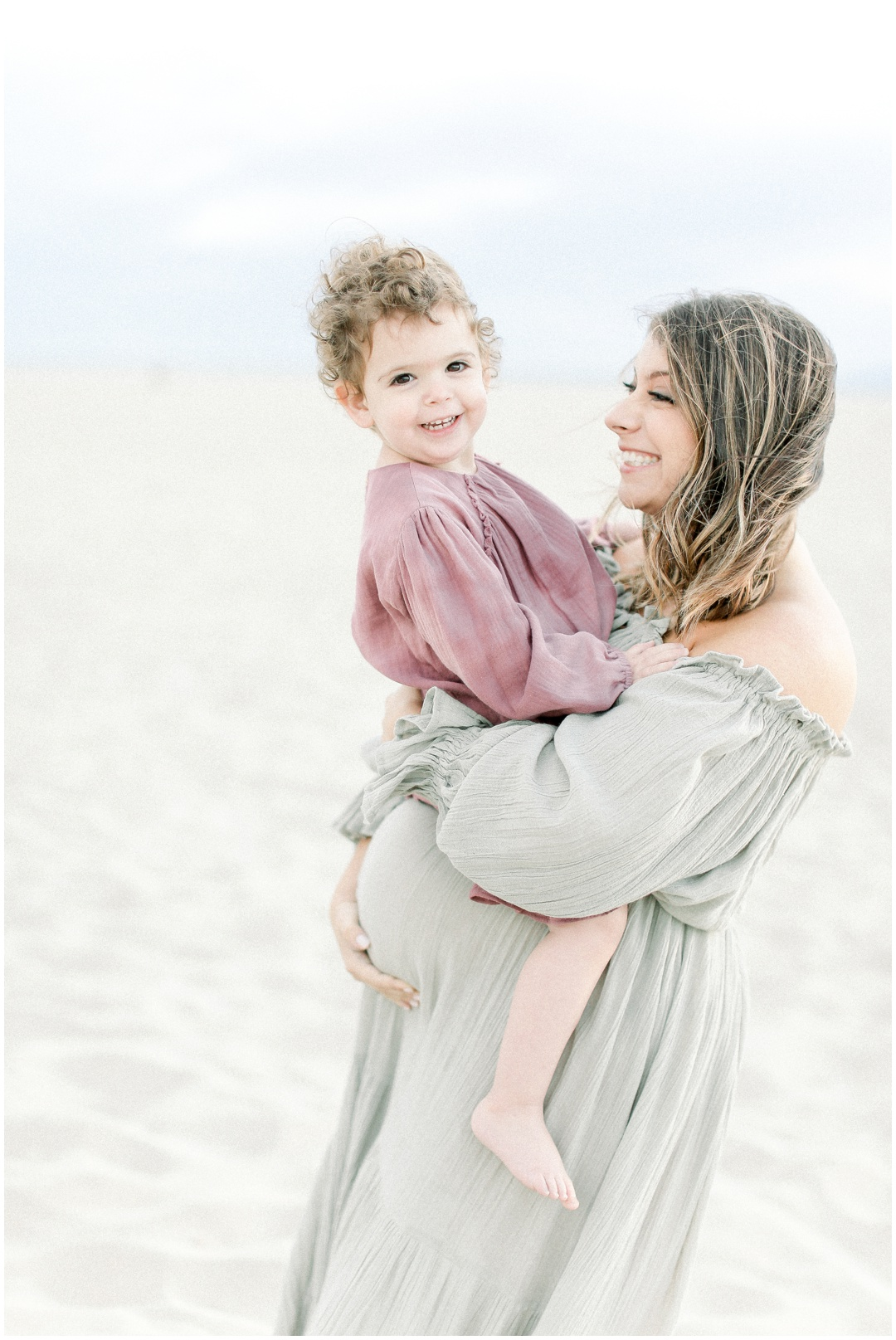 Newport_Beach_Newborn_Light_Airy_Natural_Photographer_Newport_Beach_Photographer_Orange_County_Family_Photographer_Cori_Kleckner_Photography_Huntington_Beach_Photographer_Family_OC_Newborn_Melissa_Scharf_Newborn_Family__3334.jpg
