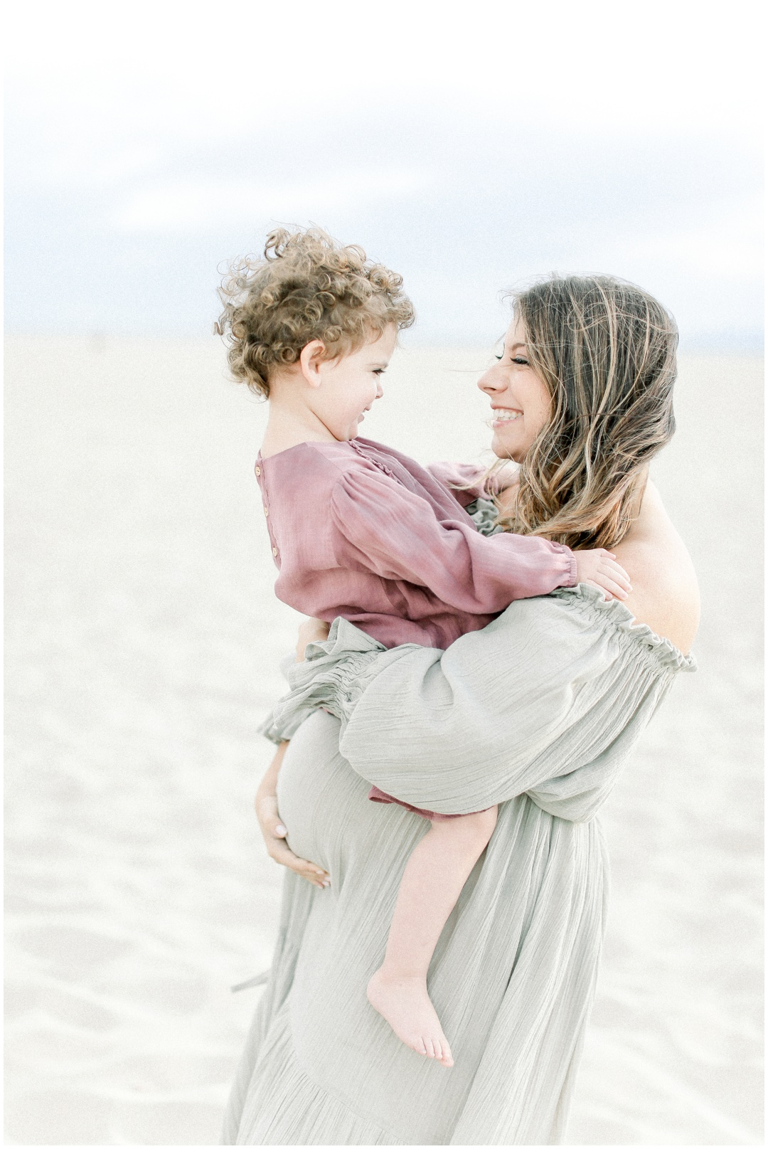 Newport_Beach_Newborn_Light_Airy_Natural_Photographer_Newport_Beach_Photographer_Orange_County_Family_Photographer_Cori_Kleckner_Photography_Huntington_Beach_Photographer_Family_OC_Newborn_Melissa_Scharf_Newborn_Family__3327.jpg