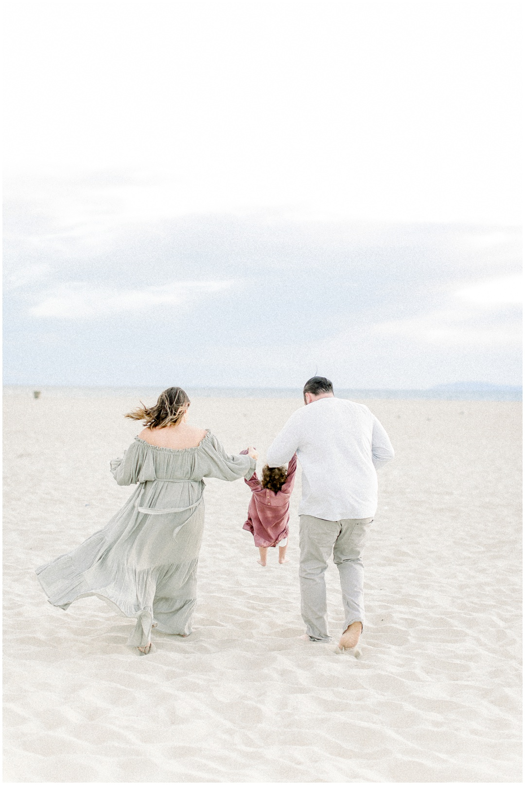 Newport_Beach_Newborn_Light_Airy_Natural_Photographer_Newport_Beach_Photographer_Orange_County_Family_Photographer_Cori_Kleckner_Photography_Huntington_Beach_Photographer_Family_OC_Newborn_Melissa_Scharf_Newborn_Family__3315.jpg