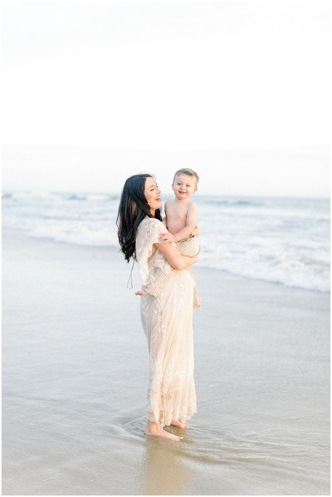 Newport_Beach_Newborn_Light_Airy_Natural_Photographer_Newport_Beach_Photographer_Orange_County_Family_Photographer_Cori_Kleckner_Photography_Huntington_Beach_Photographer_Family_OC_Newborn_Danielle_Lawley_Parker_Maternity_Family_Jordan_Lawley_3365.jpg