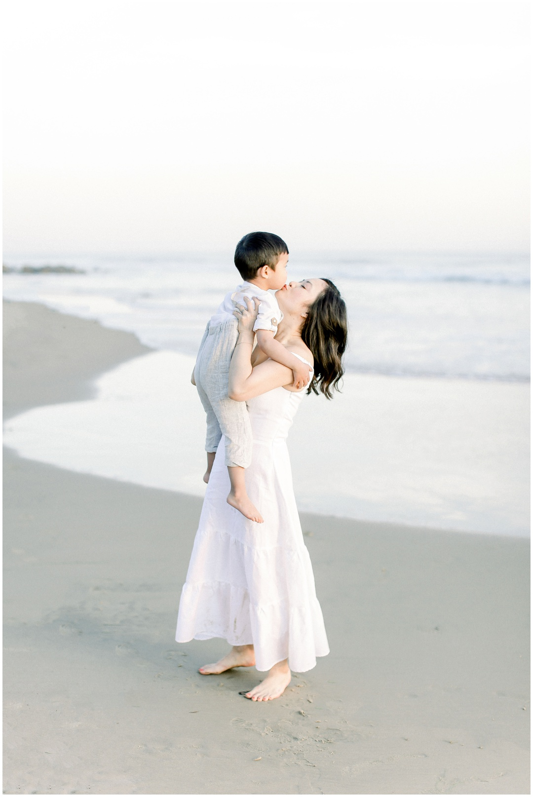 Newport_Beach_Newborn_Light_Airy_Natural_Photographer_Newport_Beach_Photographer_Orange_County_Family_Photographer_Cori_Kleckner_Photography_Huntington_Beach_Photographer_Family_OC_Newborn_Christine_Cho_Family_session__3393.jpg