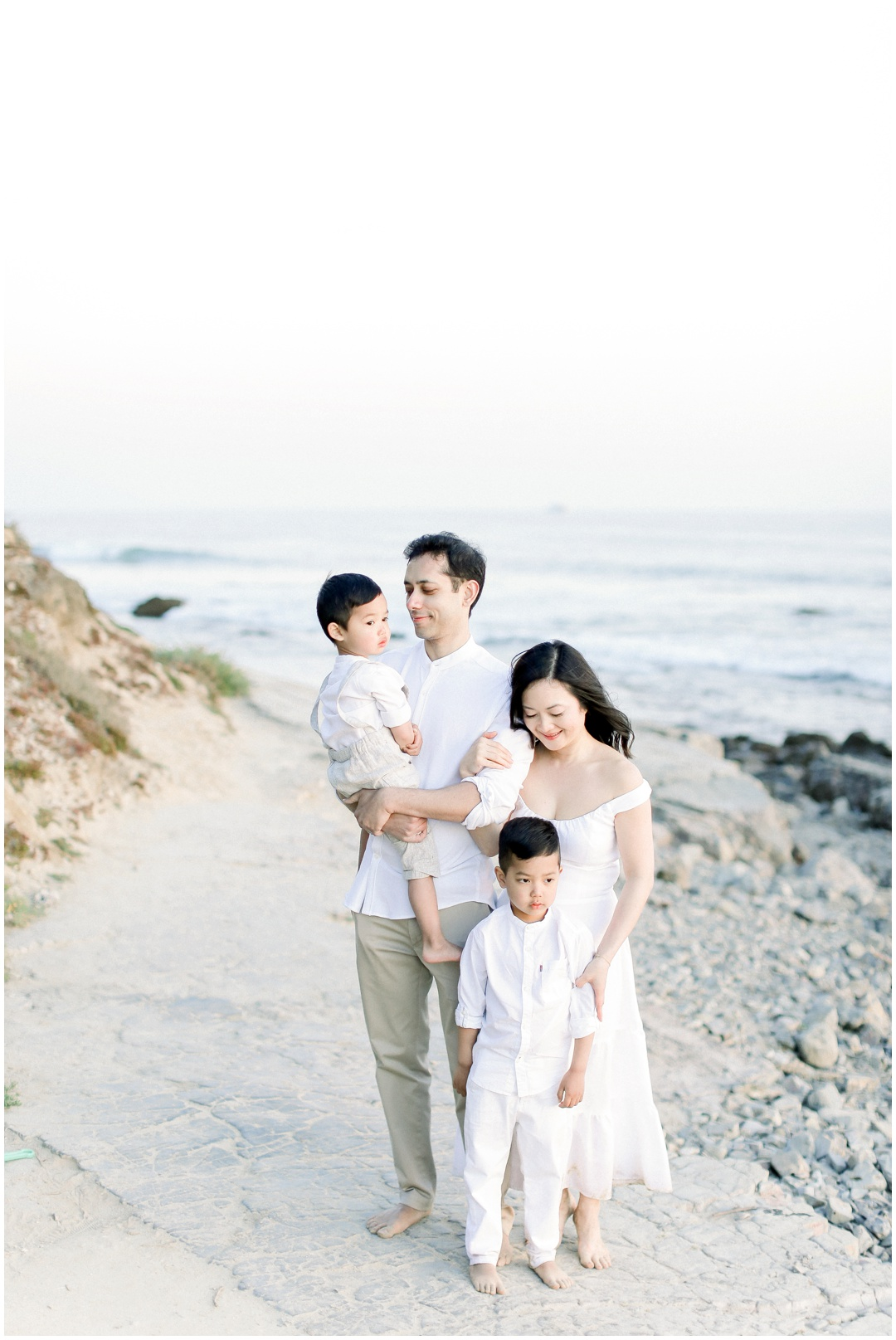 Newport_Beach_Newborn_Light_Airy_Natural_Photographer_Newport_Beach_Photographer_Orange_County_Family_Photographer_Cori_Kleckner_Photography_Huntington_Beach_Photographer_Family_OC_Newborn_Christine_Cho_Family_session__3386.jpg