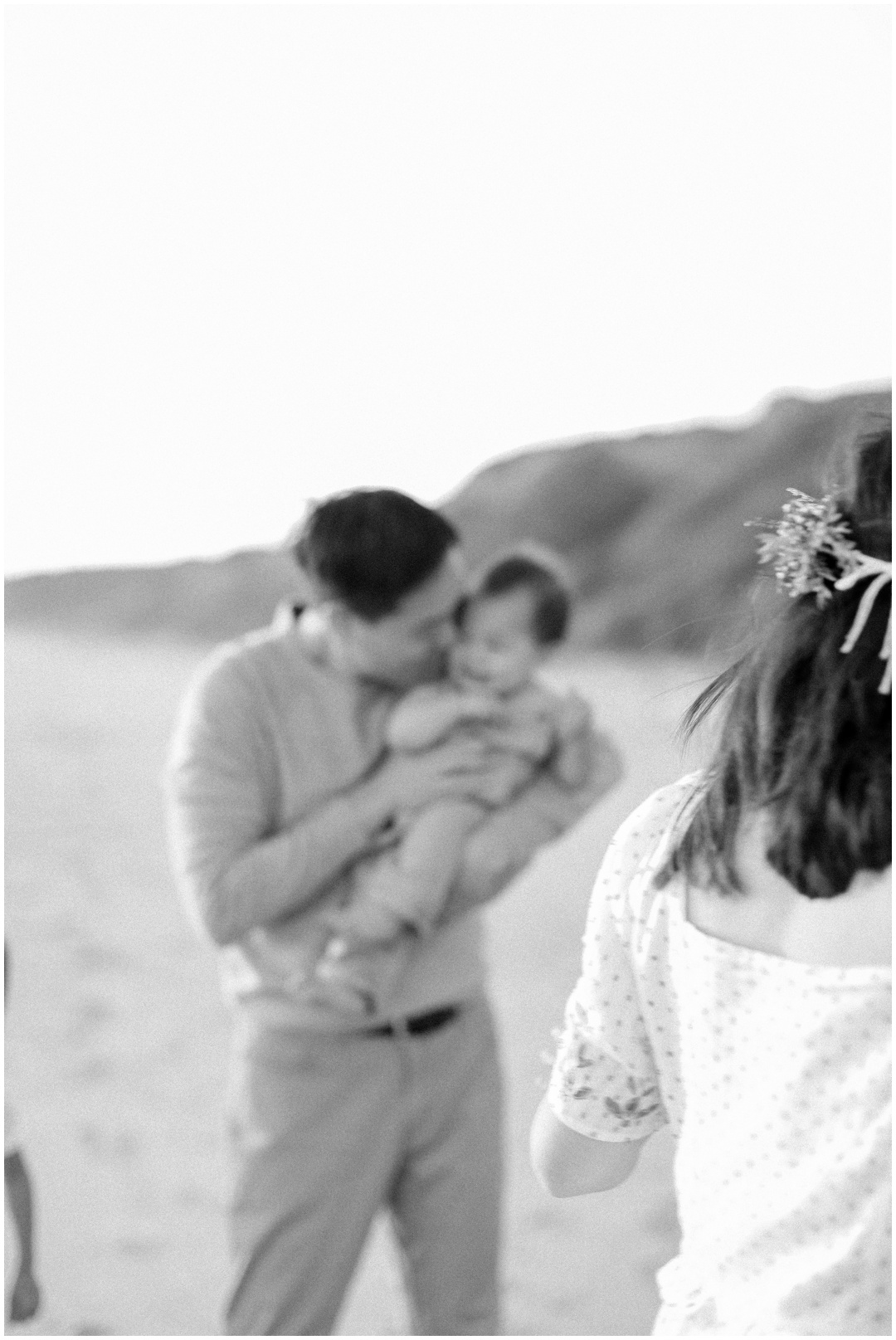 Newport_Beach_Newborn_Light_Airy_Natural_Photographer_Newport_Beach_Photographer_Orange_County_Family_Photographer_Cori_Kleckner_Photography_Huntington_Beach_Photographer_Family_OC_Newborn_Jennifer_Tom_Maternity_Family_session__3422.jpg