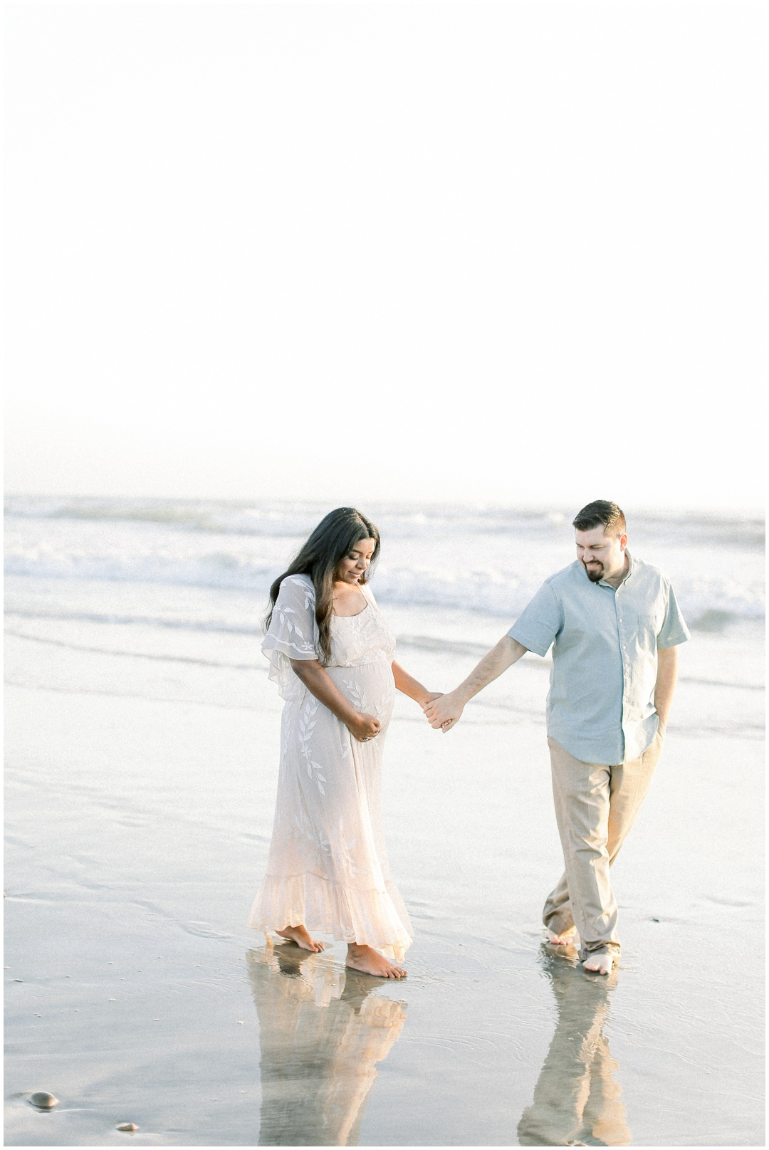 Newport_Beach_Newborn_Light_Airy_Natural_Photographer_Newport_Beach_Photographer_Orange_County_Family_Photographer_Cori_Kleckner_Photography_Huntington_Beach_Photographer_Family_OC_Newborn_Natasha_Flamenco_David_Flamenco_Maternity_Family_session__3417.jpg