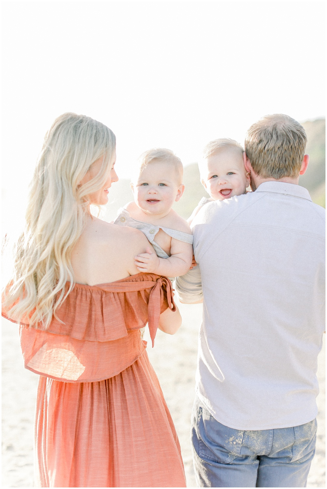 Newport_Beach_Newborn_Light_Airy_Natural_Photographer_Newport_Beach_Photographer_Orange_County_Family_Photographer_Cori_Kleckner_Photography_Huntington_Beach_Photographer_Family_OC_Newborn_Kelly_Bandak_Nik_Bandak__3534.jpg