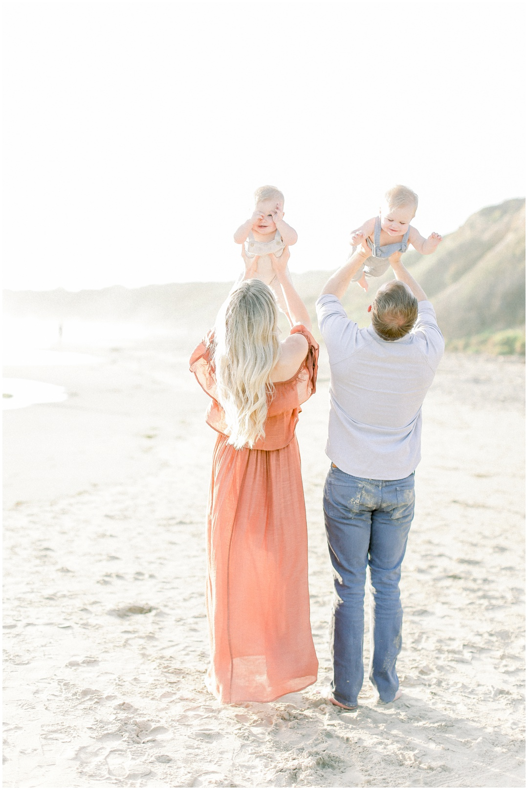 Newport_Beach_Newborn_Light_Airy_Natural_Photographer_Newport_Beach_Photographer_Orange_County_Family_Photographer_Cori_Kleckner_Photography_Huntington_Beach_Photographer_Family_OC_Newborn_Kelly_Bandak_Nik_Bandak__3529.jpg