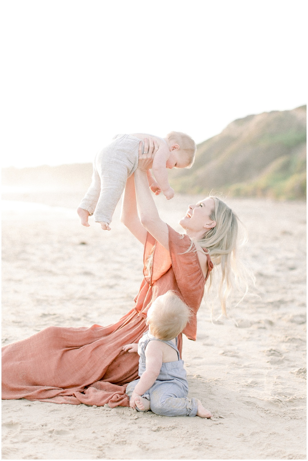 Newport_Beach_Newborn_Light_Airy_Natural_Photographer_Newport_Beach_Photographer_Orange_County_Family_Photographer_Cori_Kleckner_Photography_Huntington_Beach_Photographer_Family_OC_Newborn_Kelly_Bandak_Nik_Bandak__3510.jpg