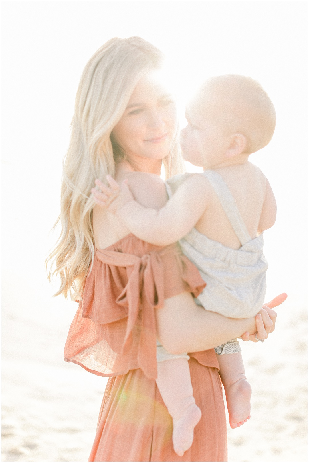 Newport_Beach_Newborn_Light_Airy_Natural_Photographer_Newport_Beach_Photographer_Orange_County_Family_Photographer_Cori_Kleckner_Photography_Huntington_Beach_Photographer_Family_OC_Newborn_Kelly_Bandak_Nik_Bandak__3509.jpg
