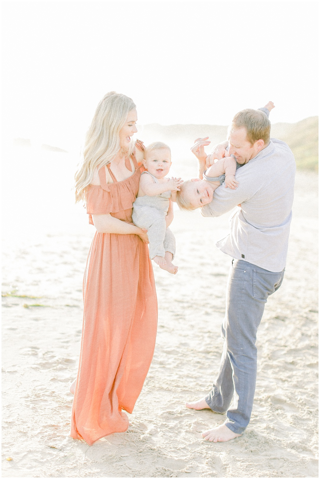 Newport_Beach_Newborn_Light_Airy_Natural_Photographer_Newport_Beach_Photographer_Orange_County_Family_Photographer_Cori_Kleckner_Photography_Huntington_Beach_Photographer_Family_OC_Newborn_Kelly_Bandak_Nik_Bandak__3507.jpg