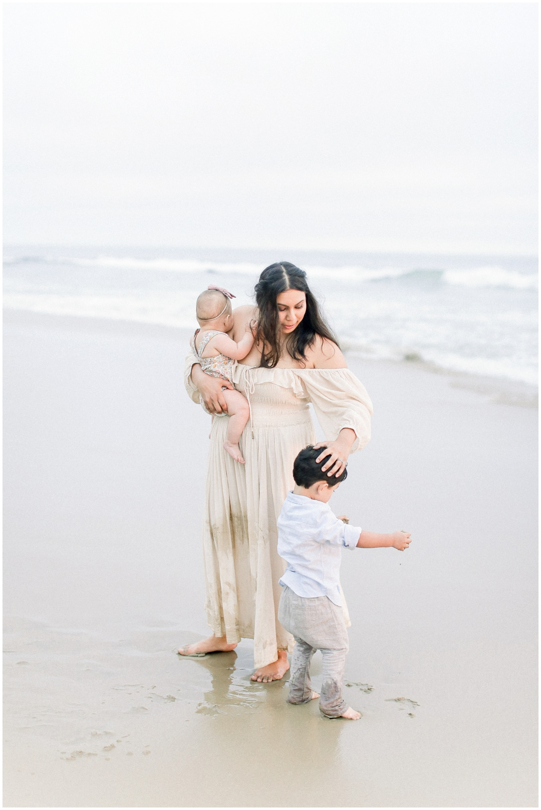 Newport_Beach_Newborn_Light_Airy_Natural_Photographer_Newport_Beach_Photographer_Orange_County_Family_Photographer_Cori_Kleckner_Photography_Huntington_Beach_Photographer_Family_OC_Newborn_Natalie_Nunez_Thomas_Nunez_Natalie_Roca_Rosh_Nunez_Family_3575.jpg