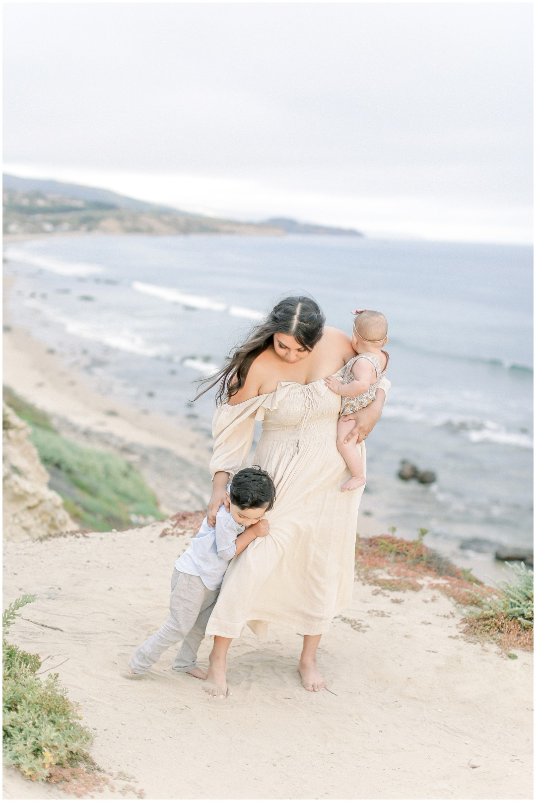 Newport_Beach_Newborn_Light_Airy_Natural_Photographer_Newport_Beach_Photographer_Orange_County_Family_Photographer_Cori_Kleckner_Photography_Huntington_Beach_Photographer_Family_OC_Newborn_Natalie_Nunez_Thomas_Nunez_Natalie_Roca_Rosh_Nunez_Family_3545.jpg