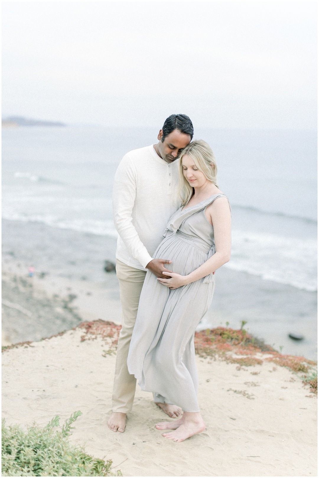 Newport_Beach_Newborn_Light_Airy_Natural_Photographer_Newport_Beach_Photographer_Orange_County_Family_Photographer_Cori_Kleckner_Photography_Huntington_Beach_Photographer_Family_OC_Maternity_Jennifer_Spohn_Rahul_Spohn_3631.jpg