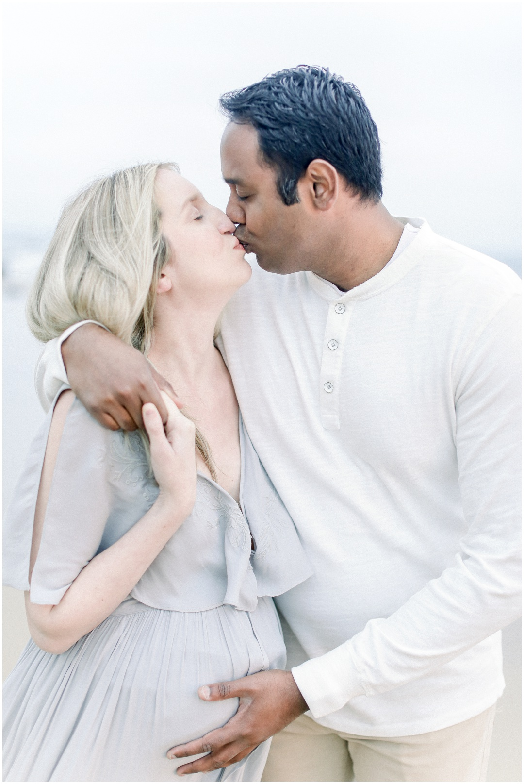 Newport_Beach_Newborn_Light_Airy_Natural_Photographer_Newport_Beach_Photographer_Orange_County_Family_Photographer_Cori_Kleckner_Photography_Huntington_Beach_Photographer_Family_OC_Maternity_Jennifer_Spohn_Rahul_Spohn_3614.jpg