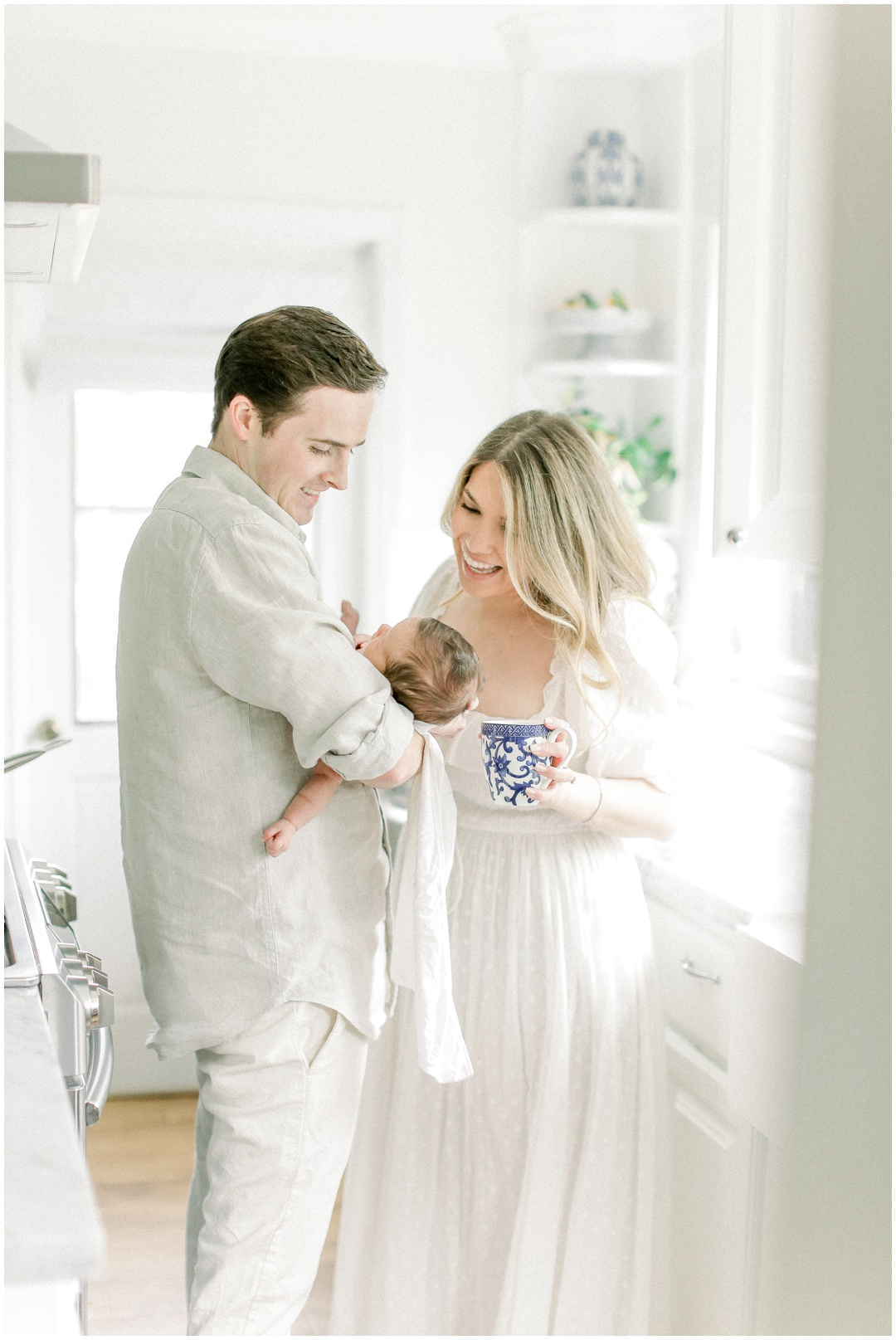 Newport_Beach_Newborn_Light_Airy_Natural_Photographer_Newport_Beach_Photographer_Orange_County_Family_Photographer_Cori_Kleckner_Photography_Huntington_Beach_Photographer_Family_OC_Maternity_Breanna_Santillo__3676.jpg