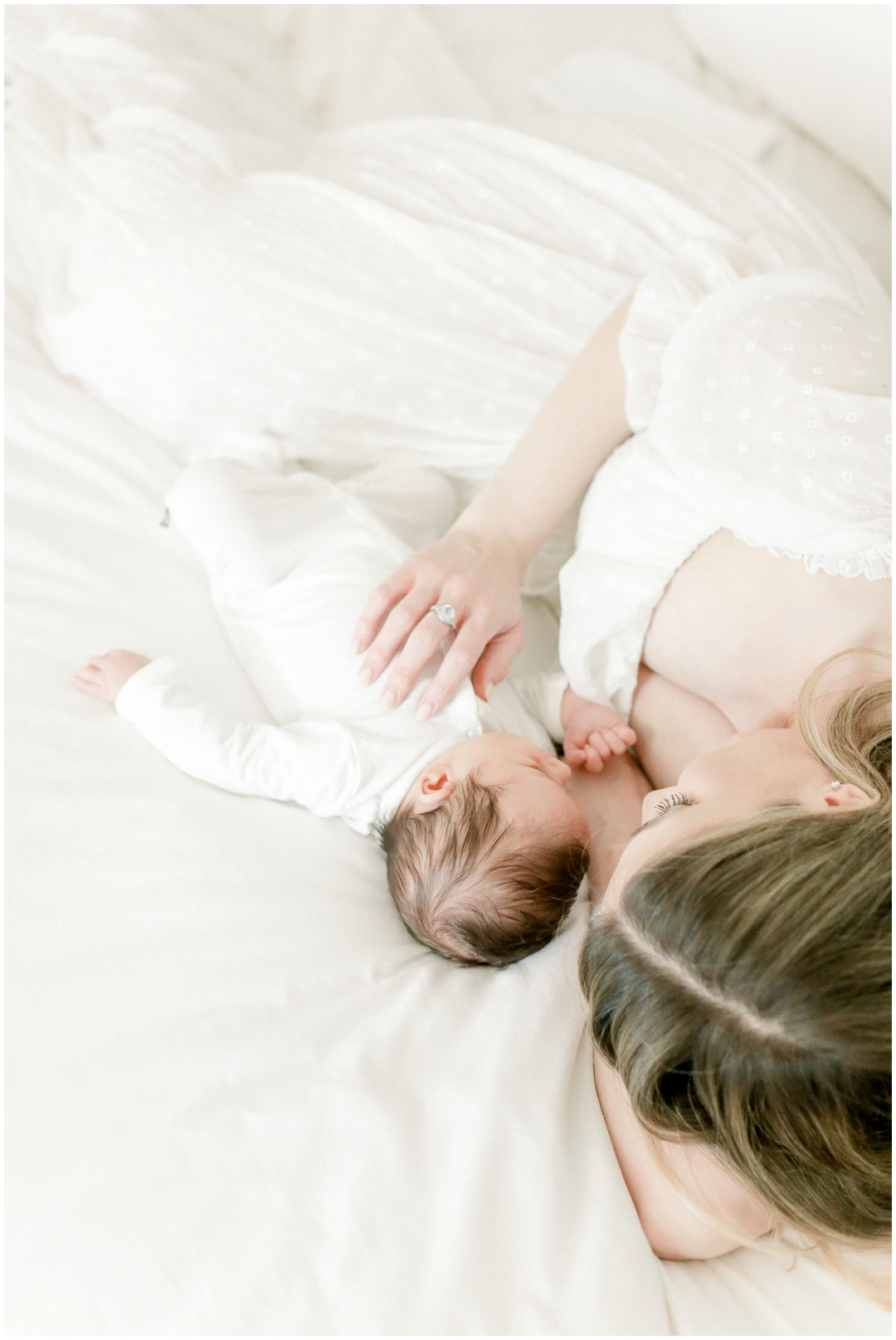 Newport_Beach_Newborn_Light_Airy_Natural_Photographer_Newport_Beach_Photographer_Orange_County_Family_Photographer_Cori_Kleckner_Photography_Huntington_Beach_Photographer_Family_OC_Maternity_Breanna_Santillo__3674.jpg