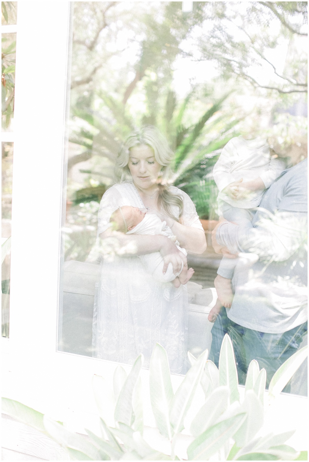 Newport_Beach_Newborn_Light_Airy_Natural_Photographer_Newport_Beach_Photographer_Orange_County_Family_Photographer_Cori_Kleckner_Photography_Newport_Beach_Photographer_newborn_kole_calhoun56_kole_calhoun_Jennifer_Calhoun_Knox_Calhoun_3803.jpg