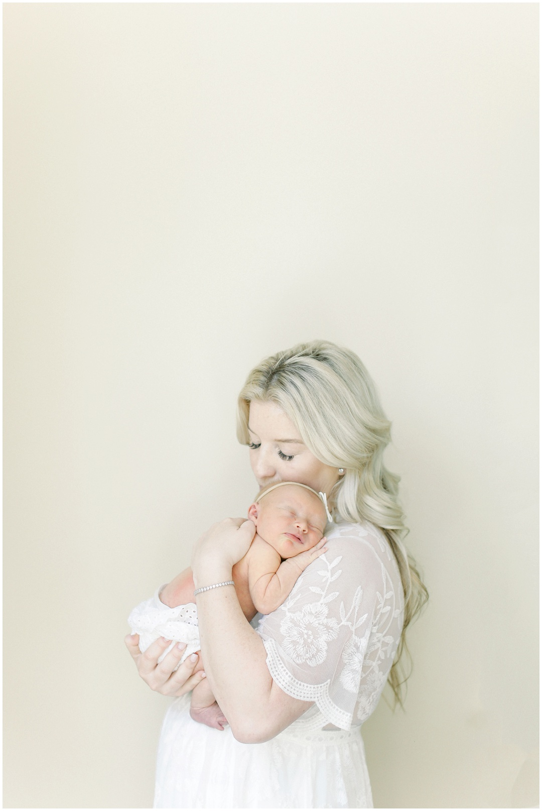 Newport_Beach_Newborn_Light_Airy_Natural_Photographer_Newport_Beach_Photographer_Orange_County_Family_Photographer_Cori_Kleckner_Photography_Newport_Beach_Photographer_newborn_kole_calhoun56_kole_calhoun_Jennifer_Calhoun_Knox_Calhoun_3786.jpg
