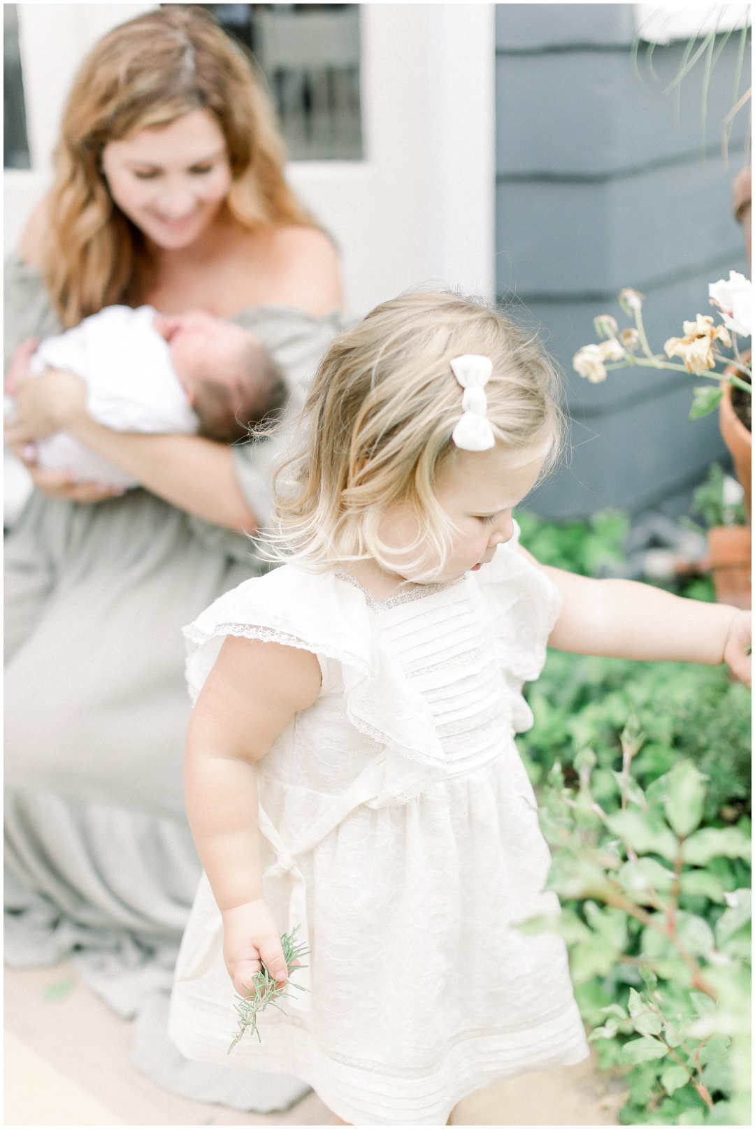 Newport_Beach_Newborn_Light_Airy_Natural_Photographer_Newport_Beach_Photographer_Orange_County_Family_Photographer_Cori_Kleckner_Photography_Newport_Beach_Photographer_Blaire_Baker_Brett_Baker_Caroline_Baker__3911.jpg
